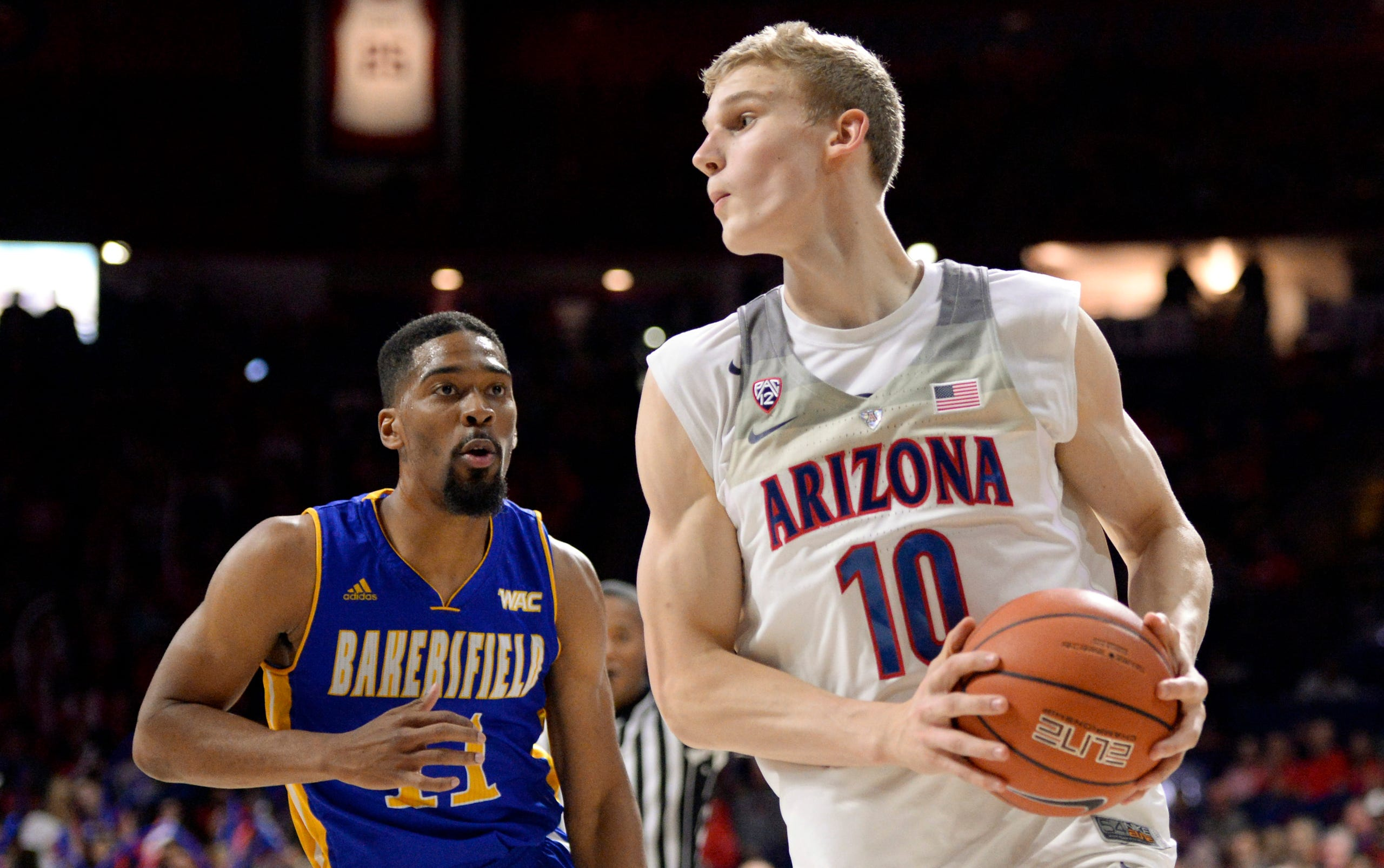 free shipping 9395b 55023 Arizona Wildcats basketball vs. Cal State Bakersfield ...
