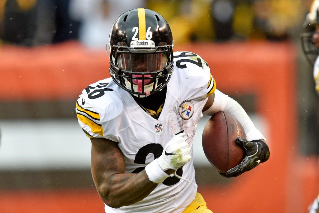Le'Veon Bell doesn't regret sitting out last season with Steelers