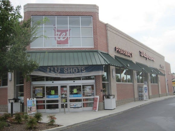 Walgreens still expects to finish Rite Aid acquisition after deal scrutiny