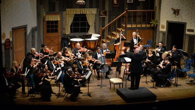The Fifth Avenue Chamber Orchestra under the direction of William Noll opens the Classic Chamber Concert Series. Monday.