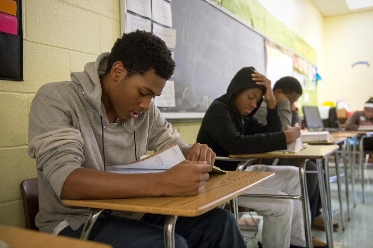 Shelby County schools show split in academic growth score