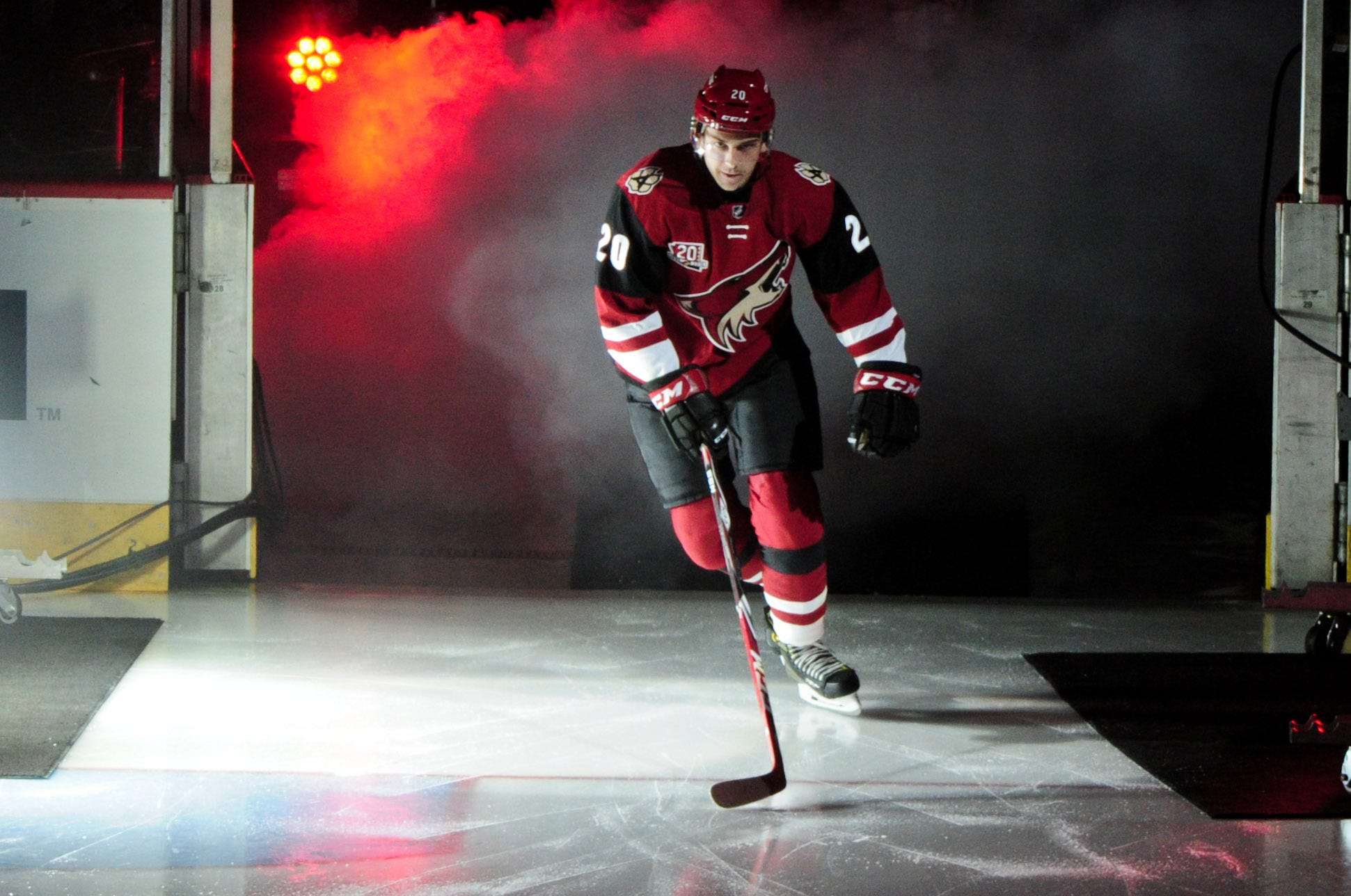 Arizona Coyotes' Dylan Strome faces pivotal summer as he prepares to turn pro
