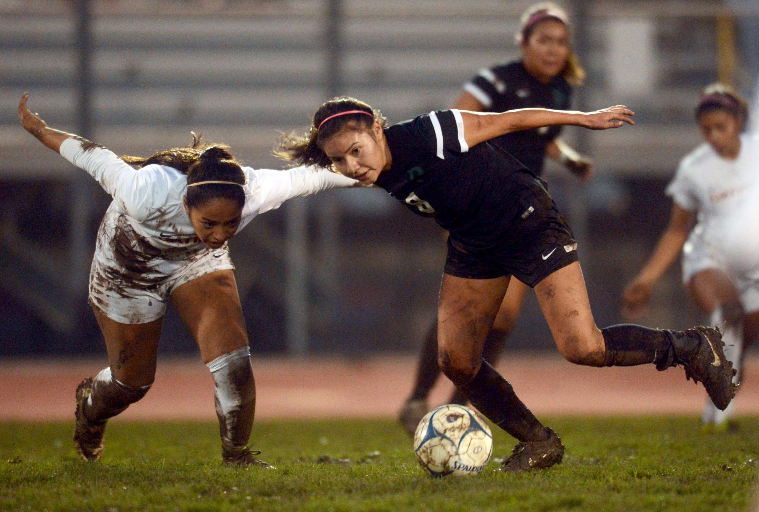 oxnard pacifica split in soccer showdown oxnard pacifica split in soccer showdown