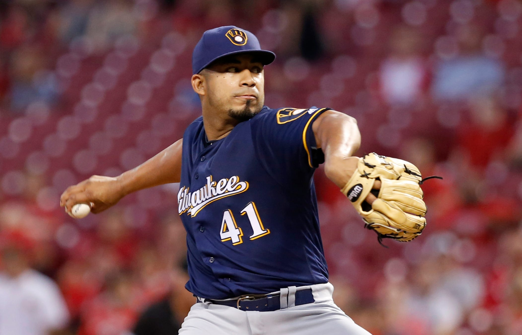 Guerra takes the mound against Athletics