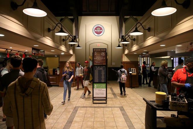 Students dine at the Suwannee Room on FSU's campus Wednesday, currently run by Aramark food facilities, but soon to be taken over on a 10-year $173 million agreement with Sodexo, run by chef and Florida State University alumnus Art Smith who will serve as campus culinary ambassador.