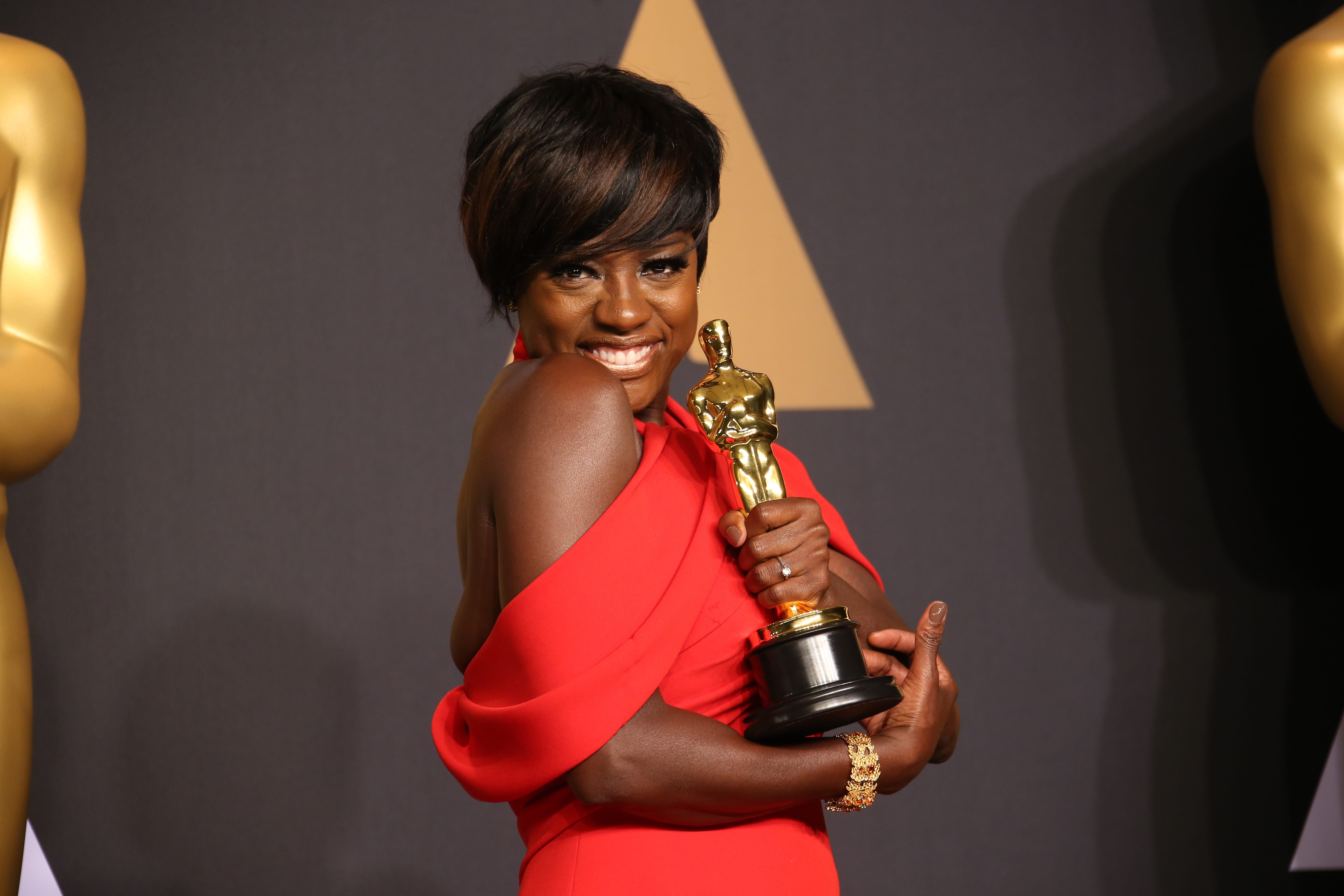 Viola Davis wins Oscar