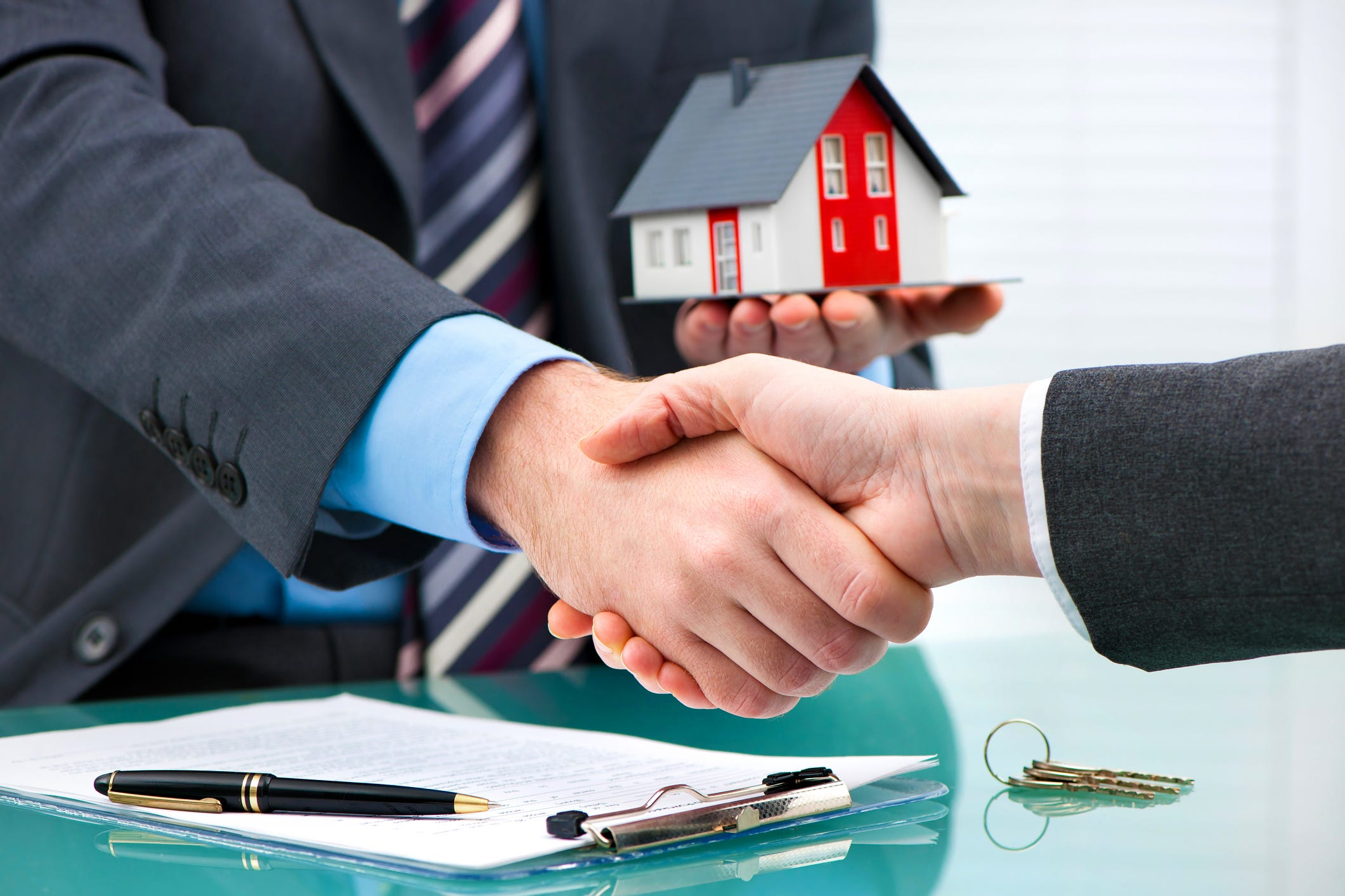 How to buy a house (told in under 350 words)