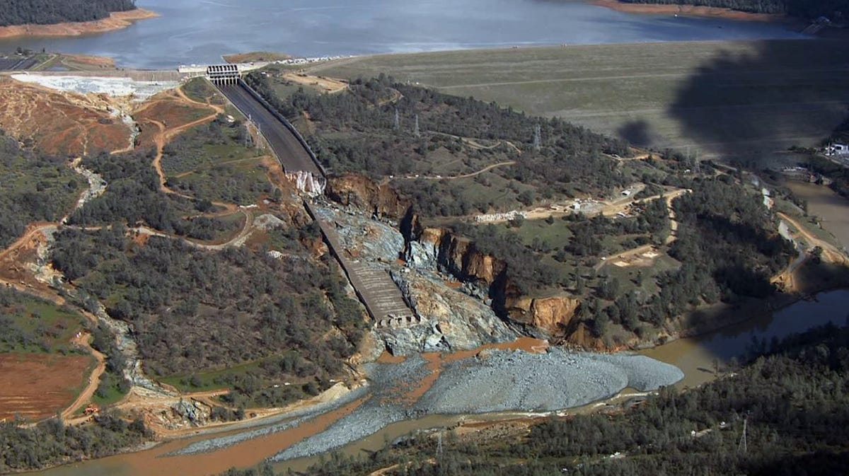 New aerial images of Oroville spillway show extent of damage