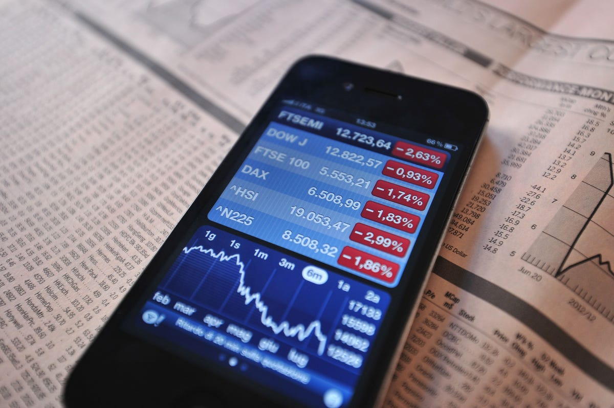 E-Trade cuts trading fees in escalating price war