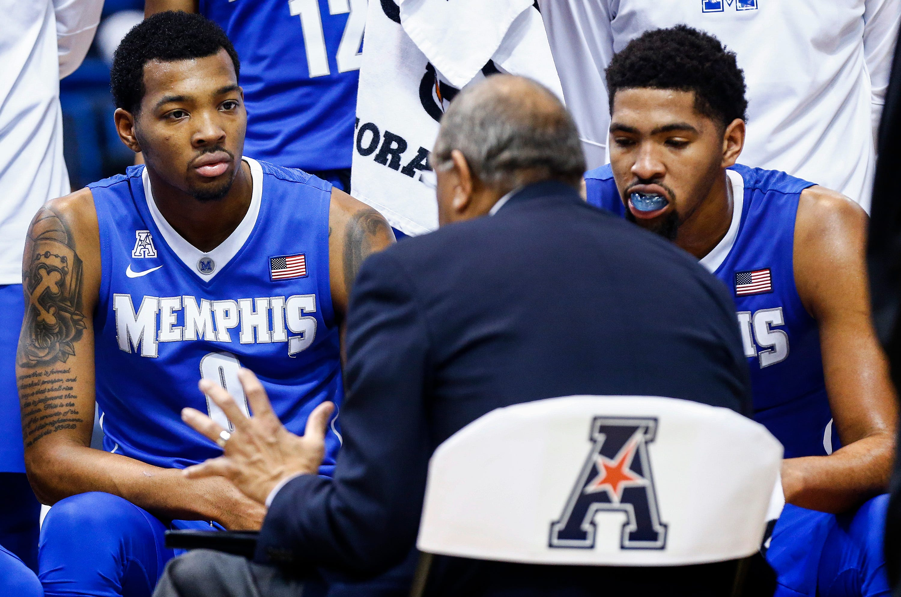 K.J. Lawson directs expletive at Tubby Smith in video