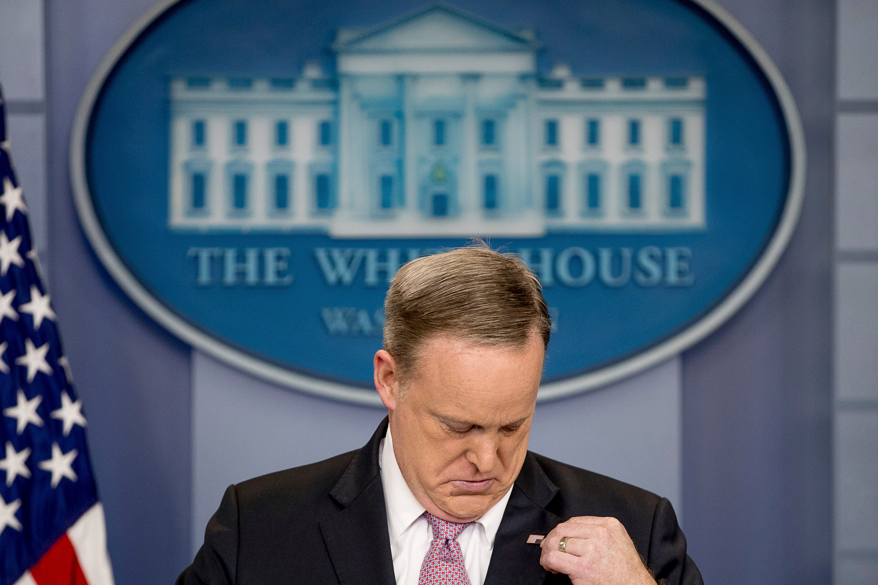 Fact check: ABC News execs, Obama did not ban American flag lapel pins