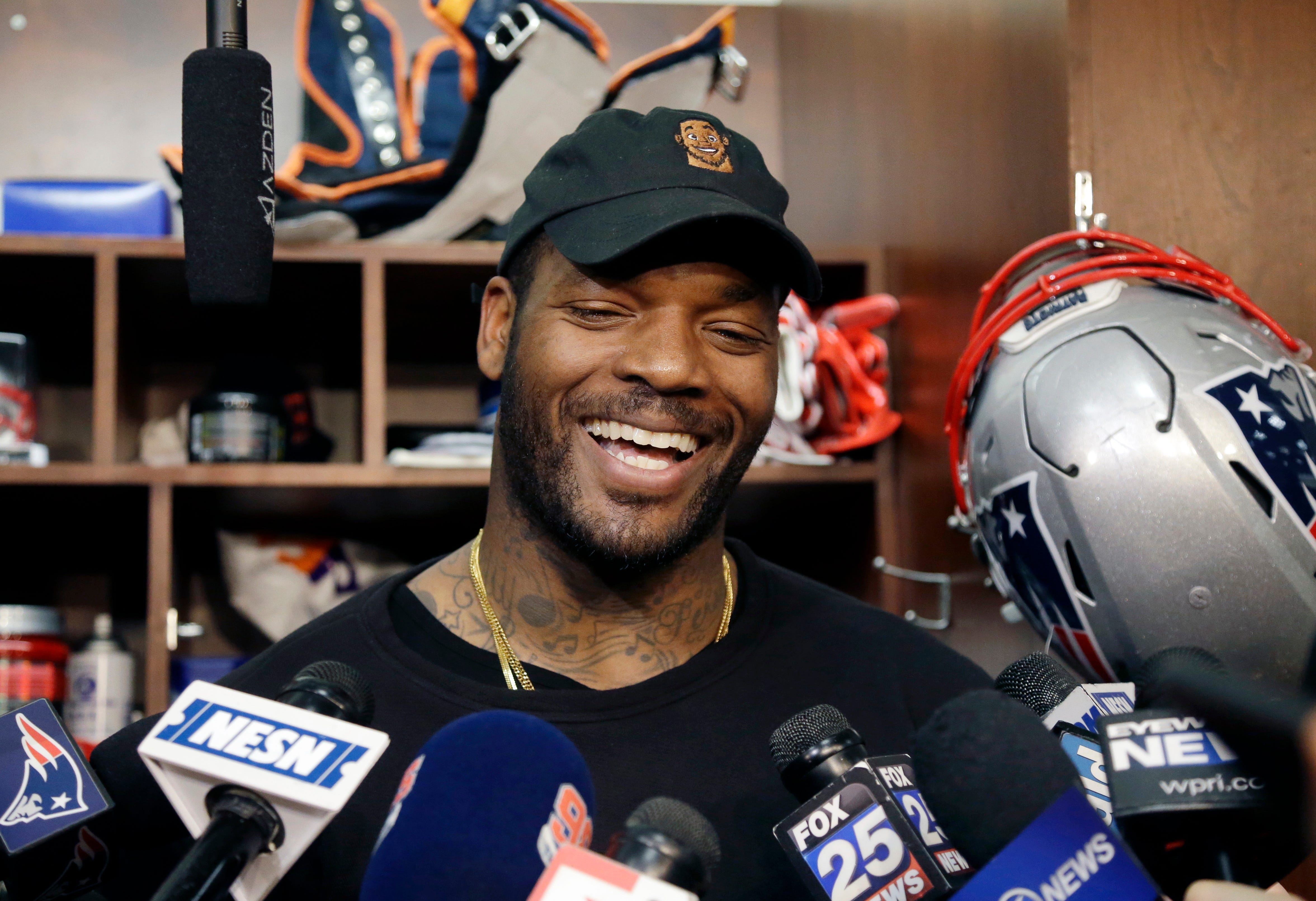Martellus Bennett wants to give you a hug