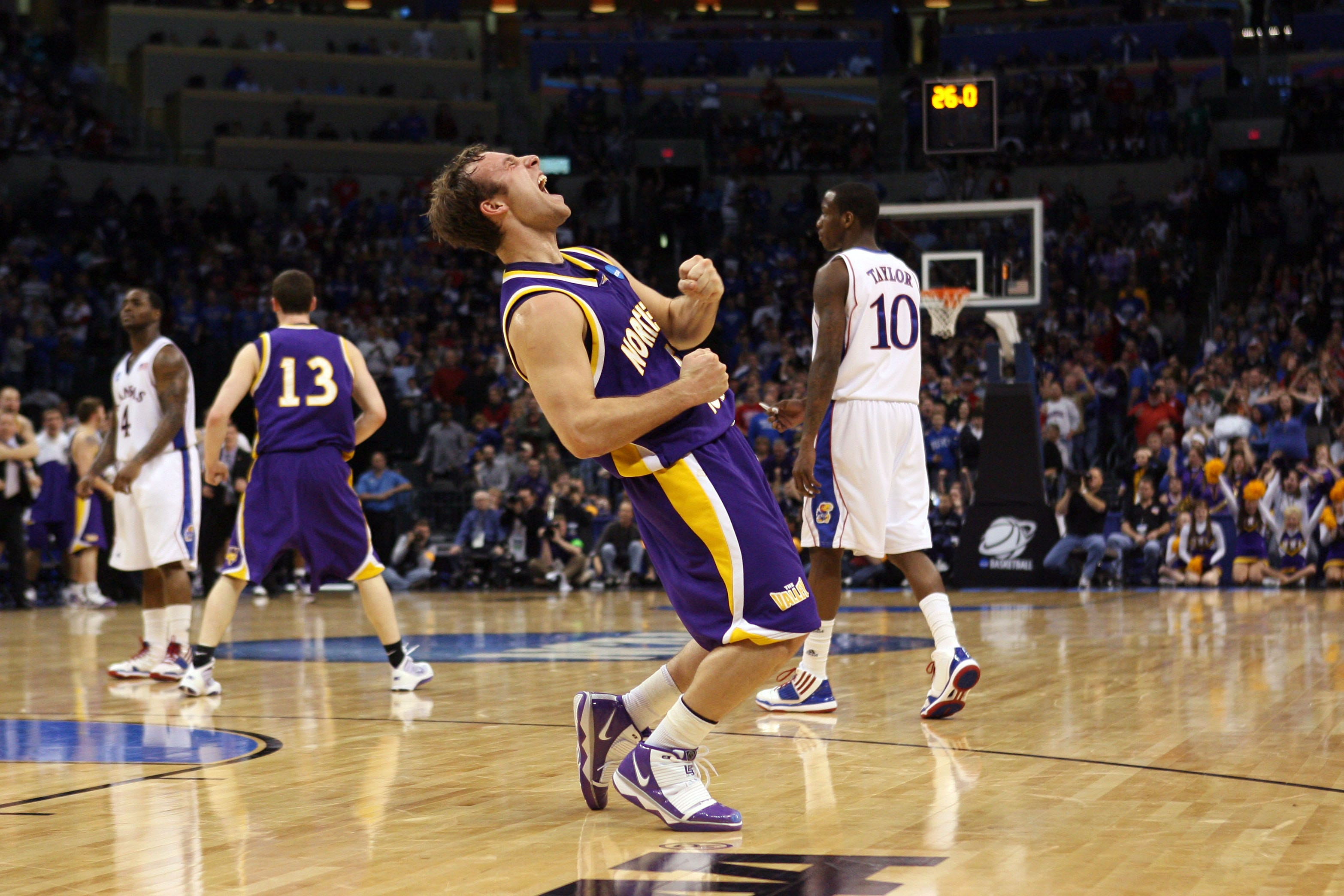http://www usatoday com/picture-gallery/sports/ncaab/2012/12