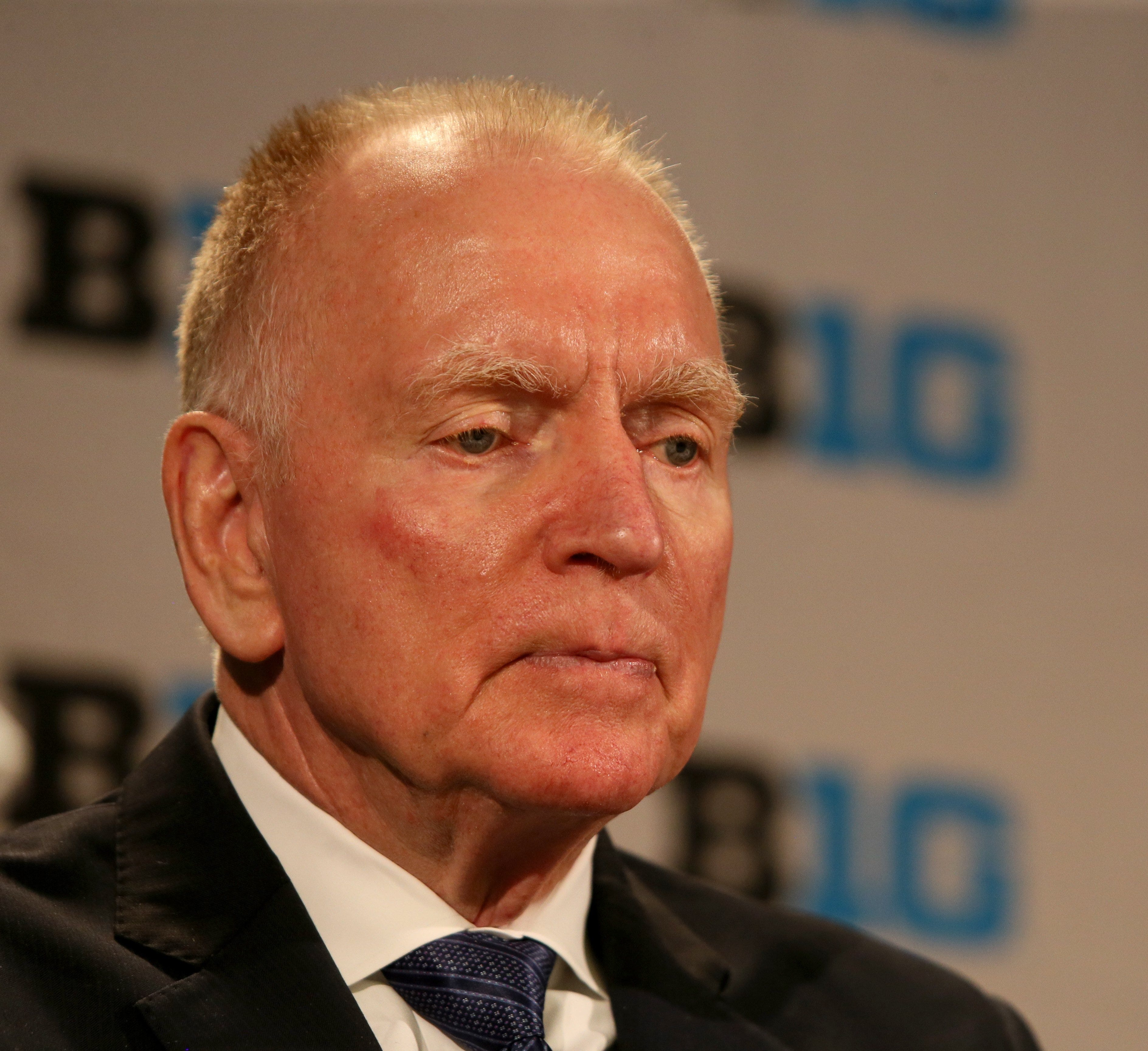 Red Berenson expects U-M hockey to improve, works to get scholarships endowed