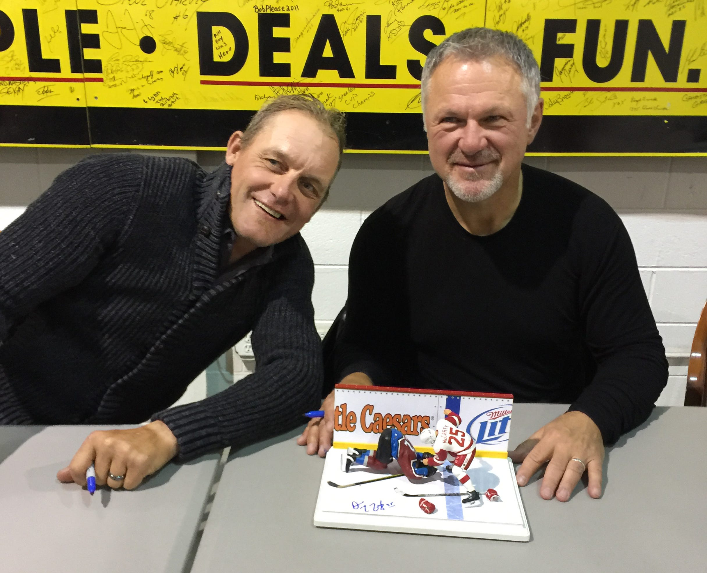 Darren McCarty and Claude Lemieux meet with smiles, not punches