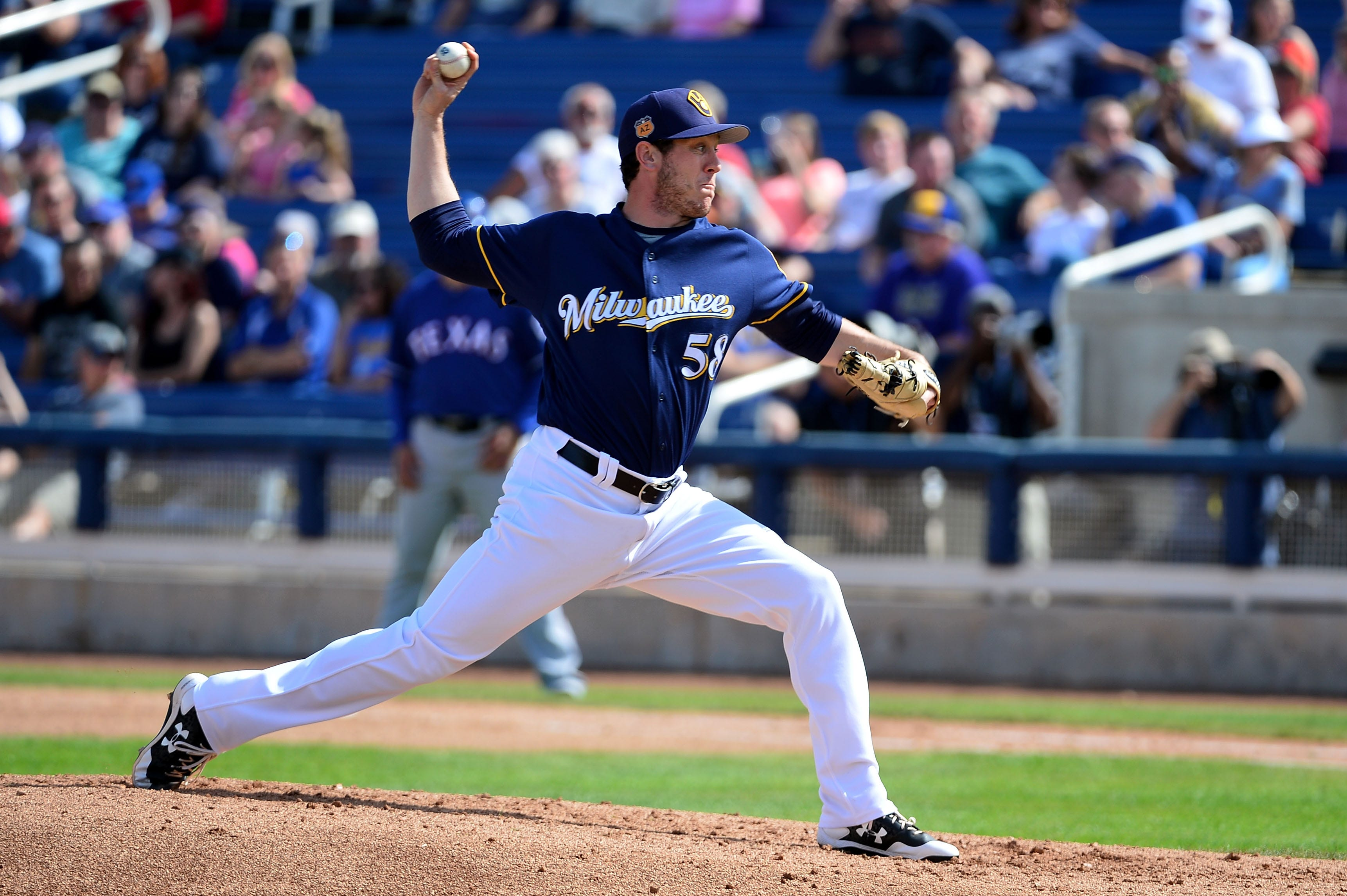 Notes: Factors still in play in determining Brewers' relief roles