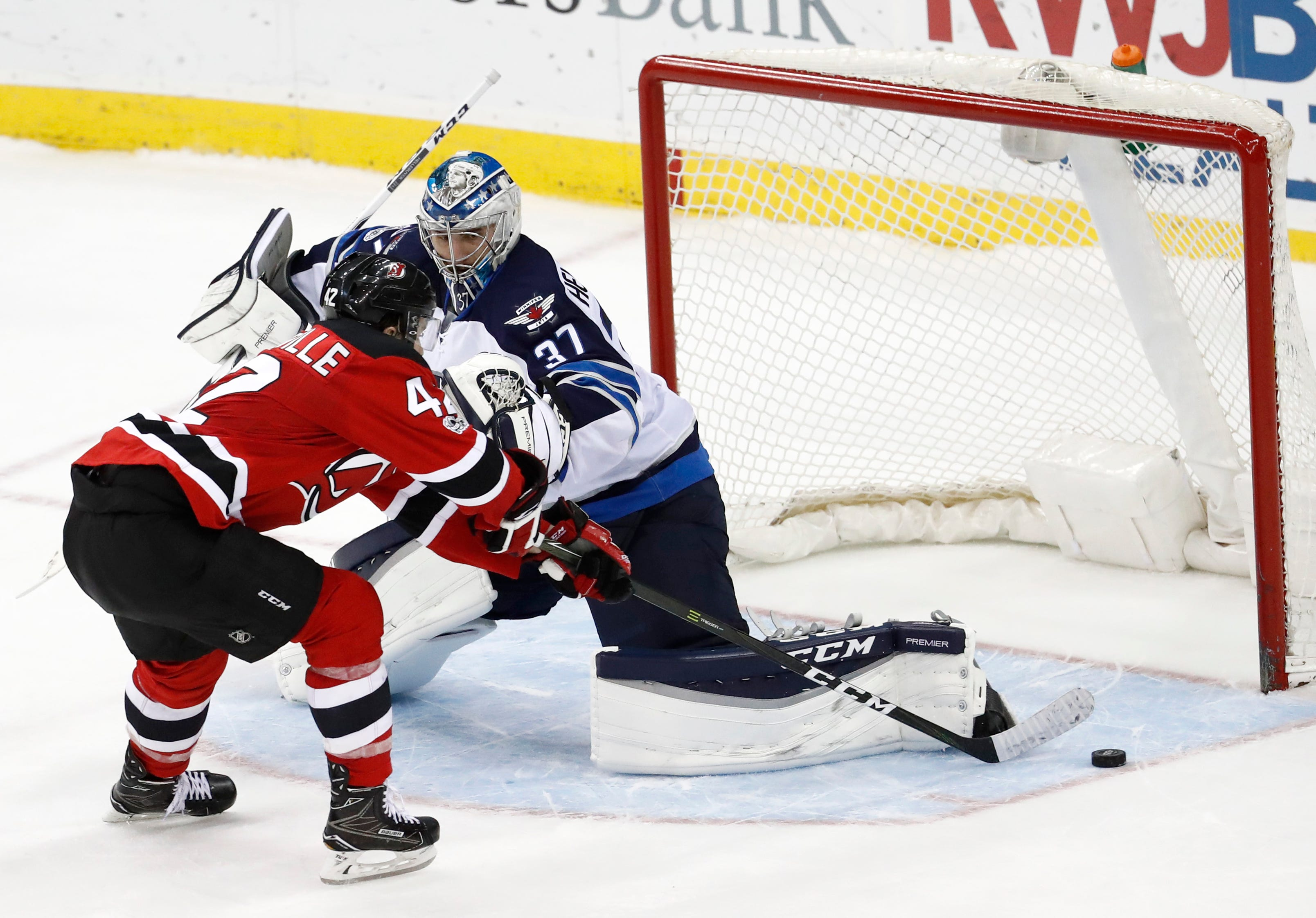 Jets 4, Devils 3 (SO): Devs get goals, can't hold lead