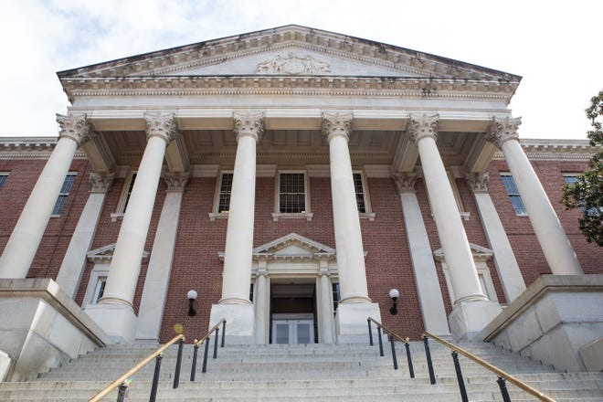 An external view of the Maryland Statehouse in Annapolis on Monday, April 3, 2017. The Maryland General Assembly has given final approval to the state's $44.5 billion budget.