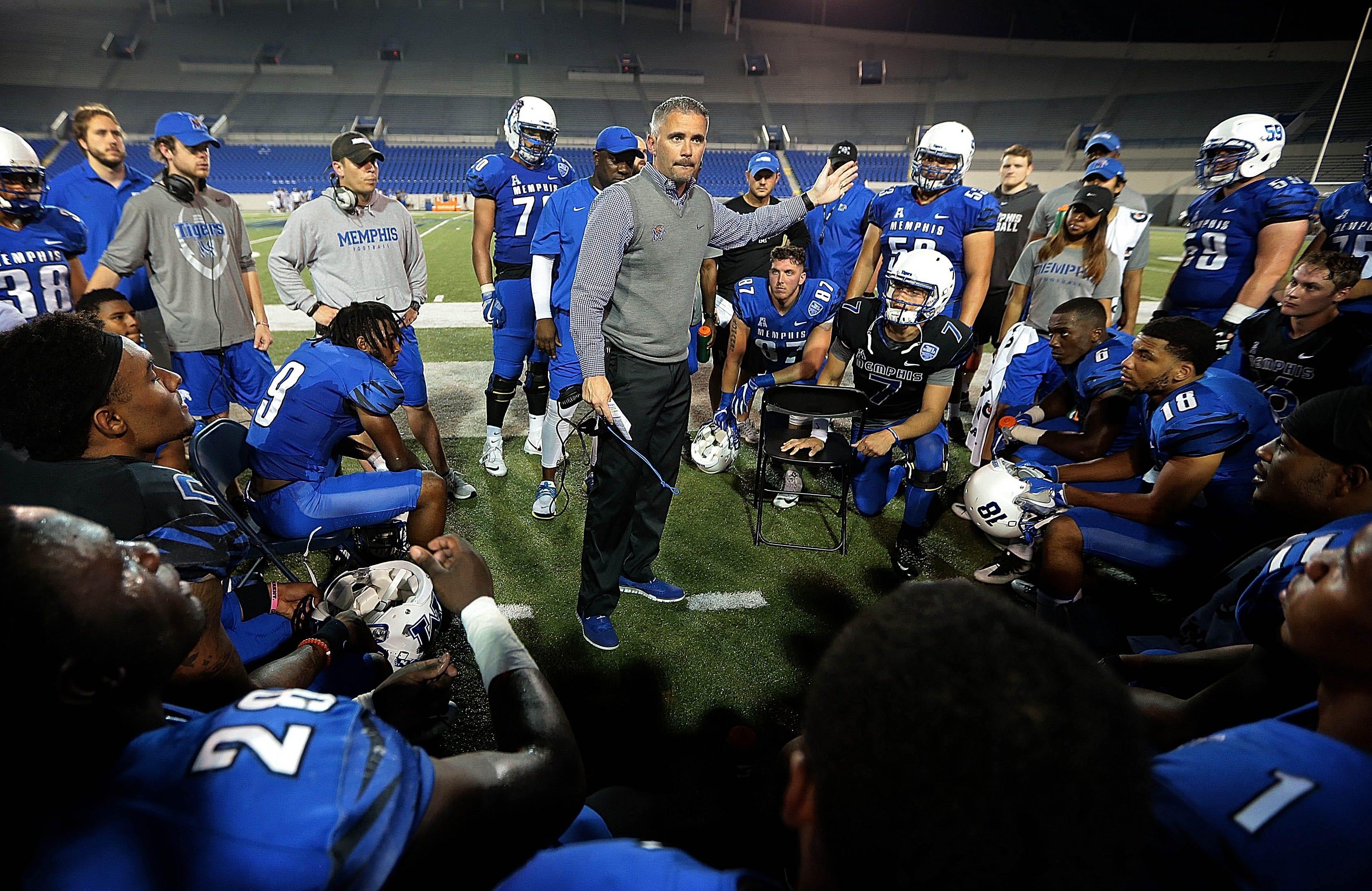 Tiger Football Mailbag: Young defensive standouts, Memphis' scholarship situation and more