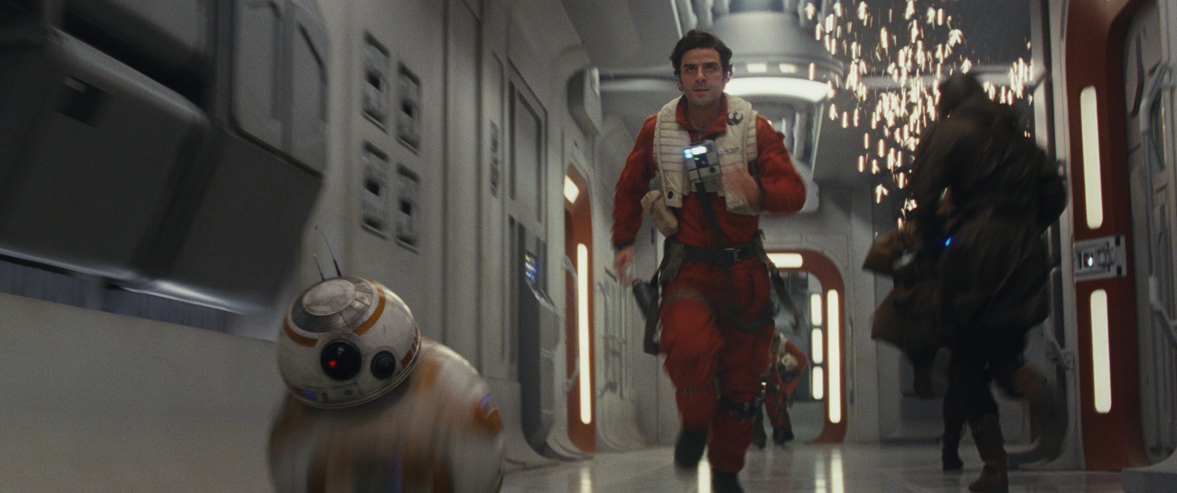 BB-8 and Poe Dameron (Oscar Isaac)