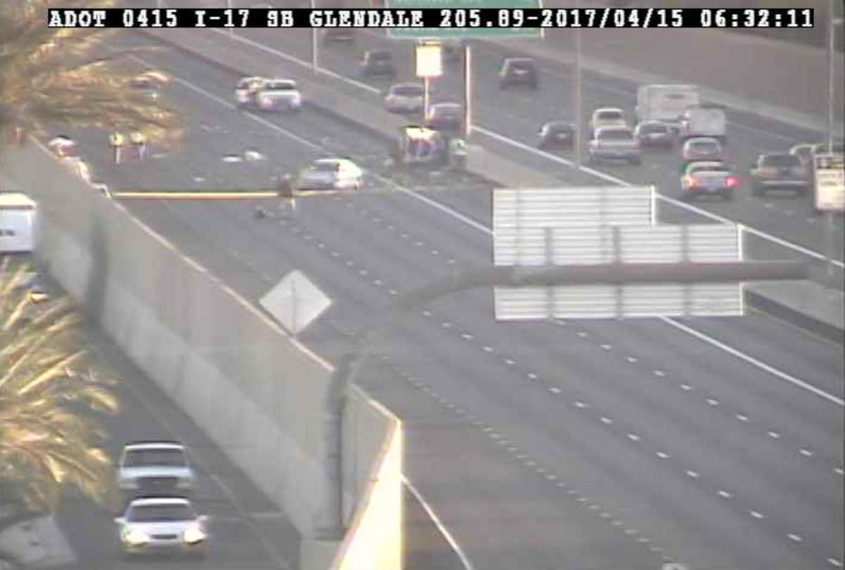 I-17 southbound re-opens at Glendale Avenue after rollover crash
