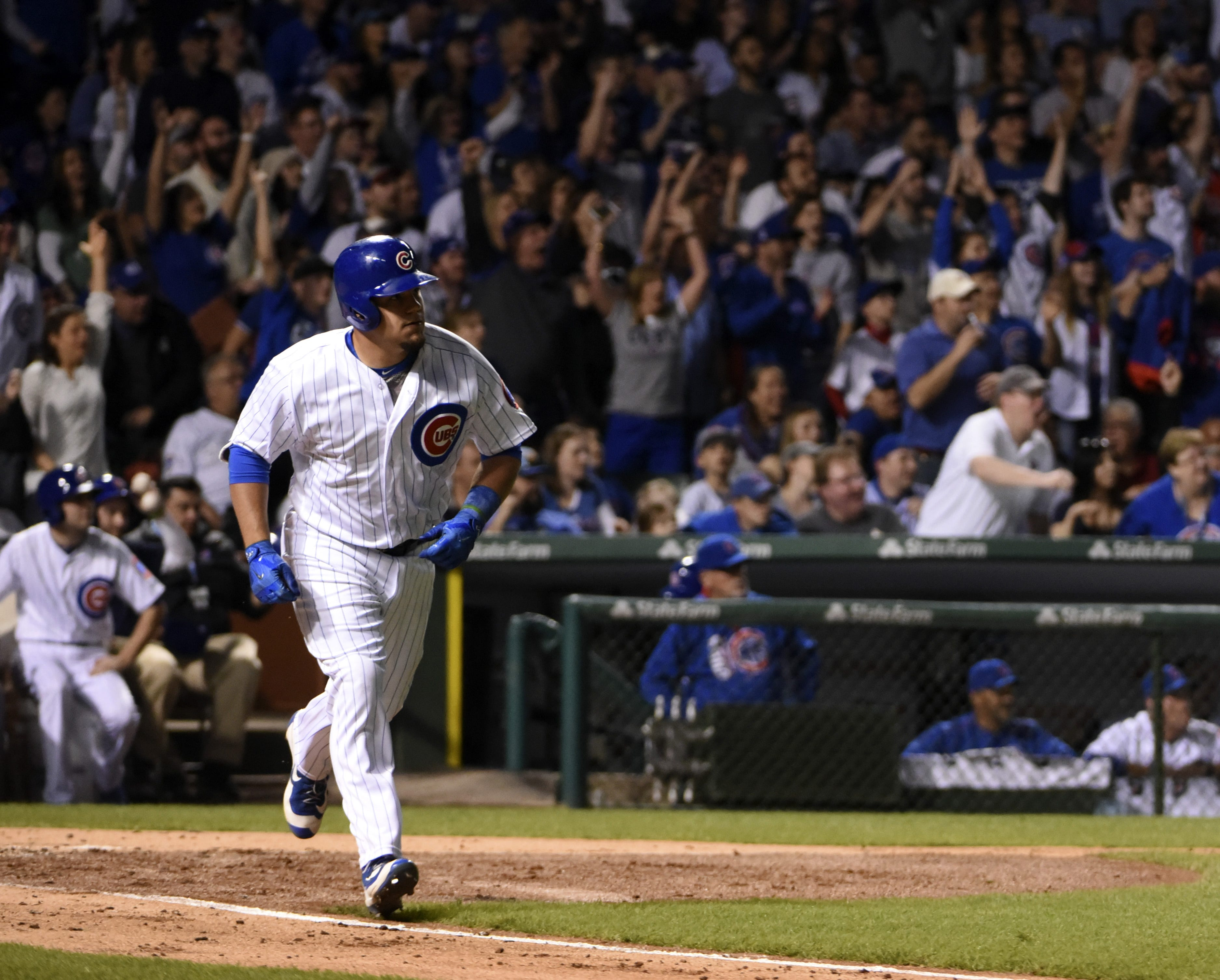 No Reds, but Kyle Schwarber among top 20 selling MLB jerseys