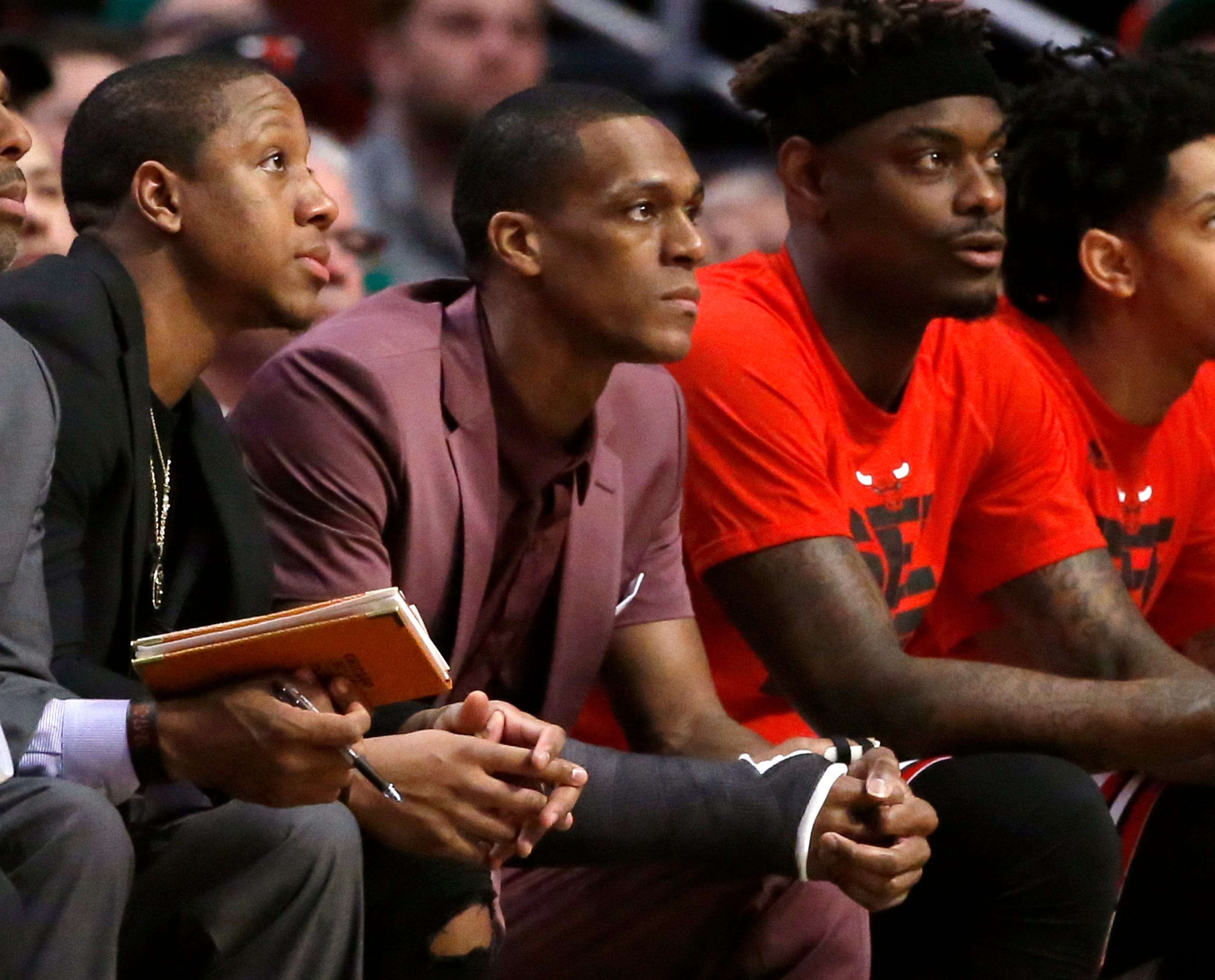 After Game 3 loss, Chicago Bulls in trouble without Rajon Rondo