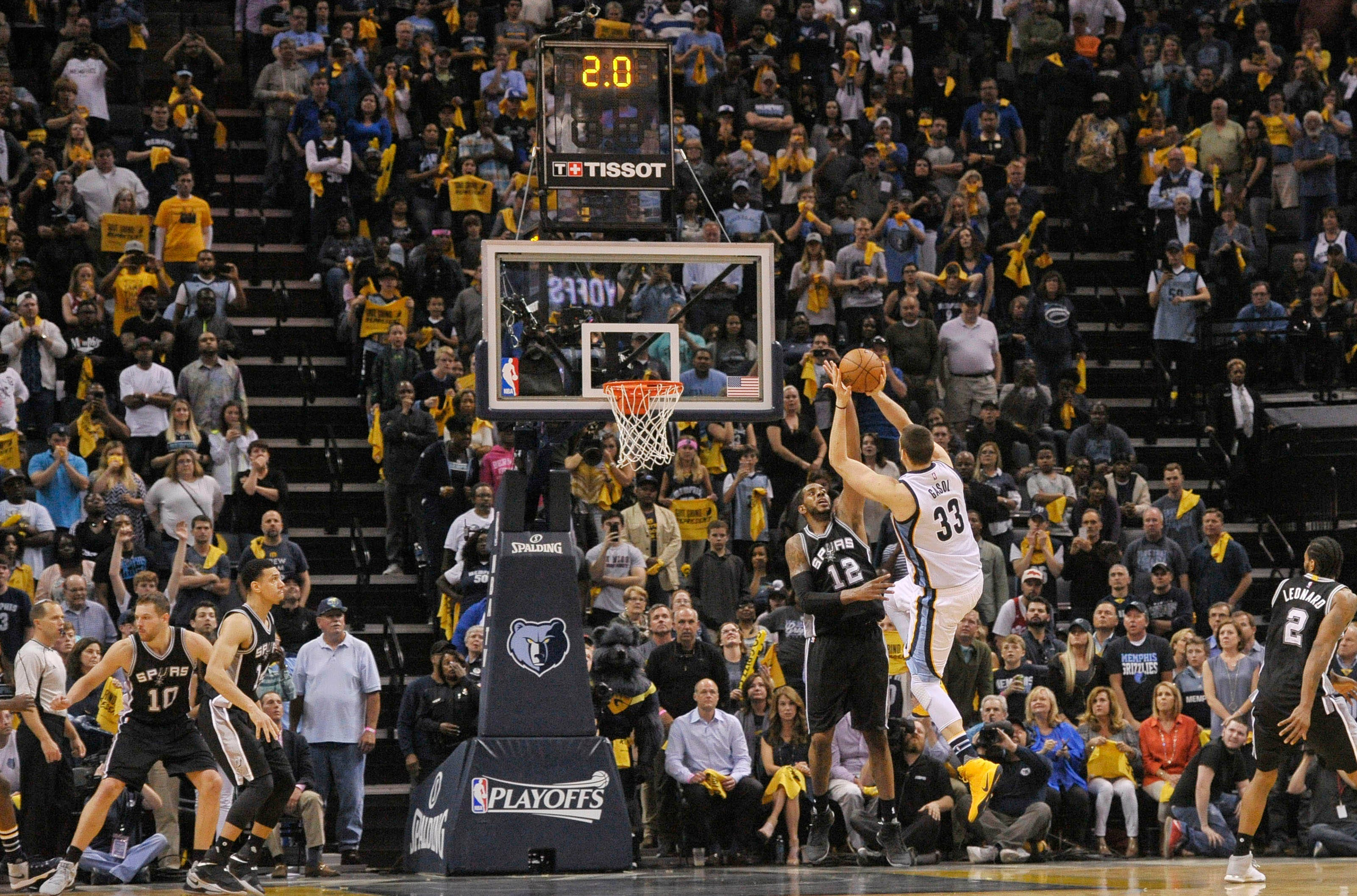 Marc Gasol's game-winning shot lifts Grizzlies to OT win against Spurs