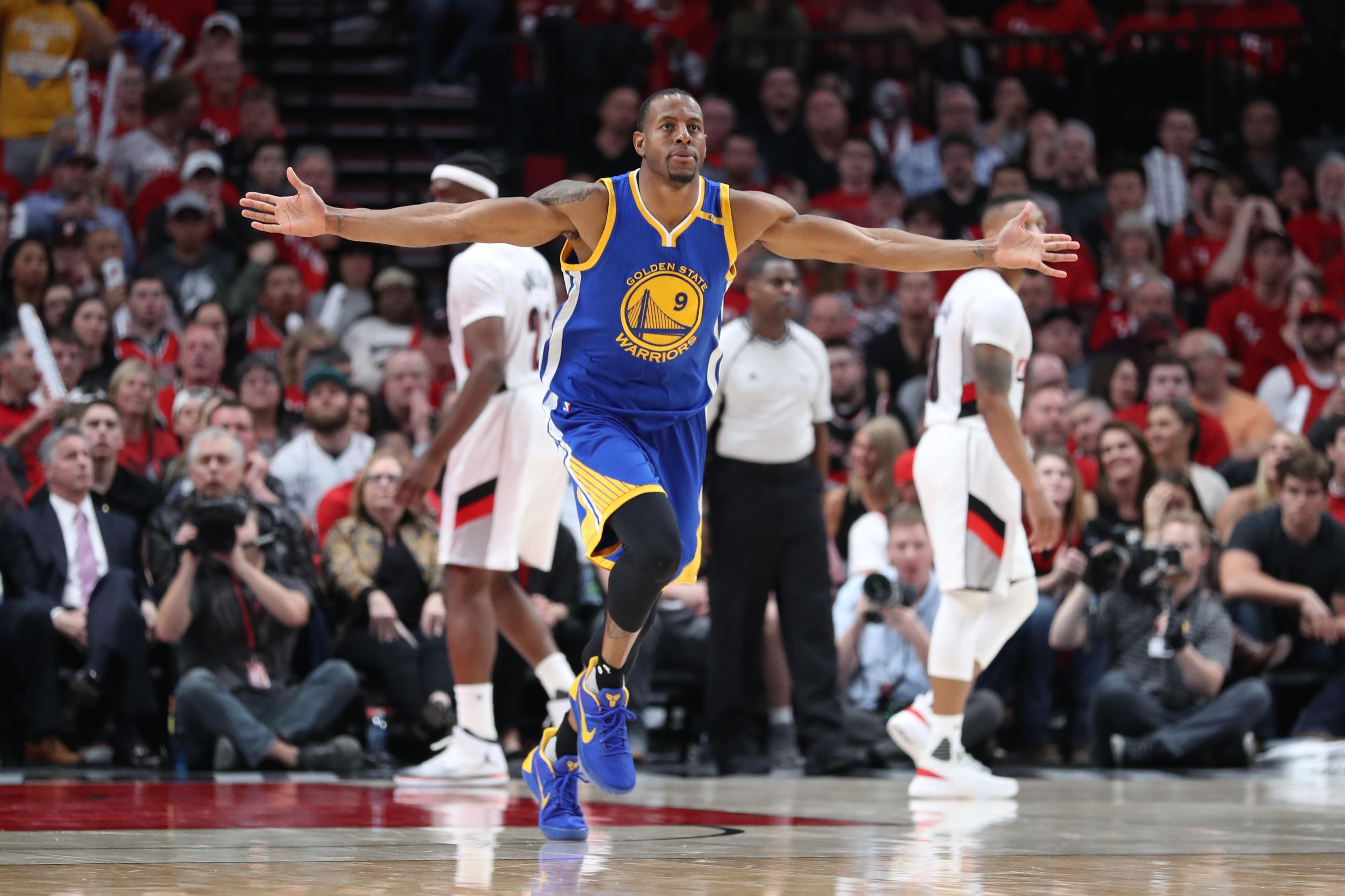 Warriors rally to take 3-0 series lead over Trail Blazers with 119-113 win