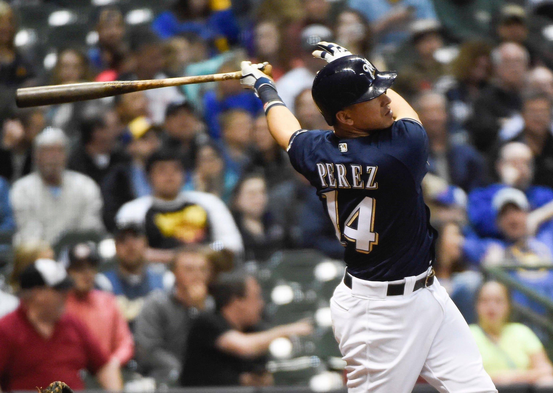 Notes: Hernán Pérez suddenly swinging a hot bat
