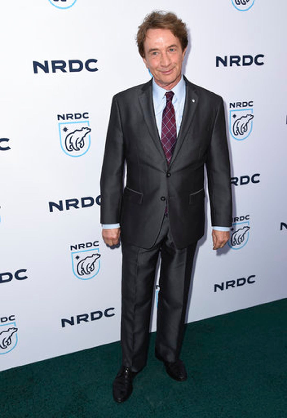 Julia Louis Dreyfus Ever Been Nude martin short strips down at environmental comedy benefit