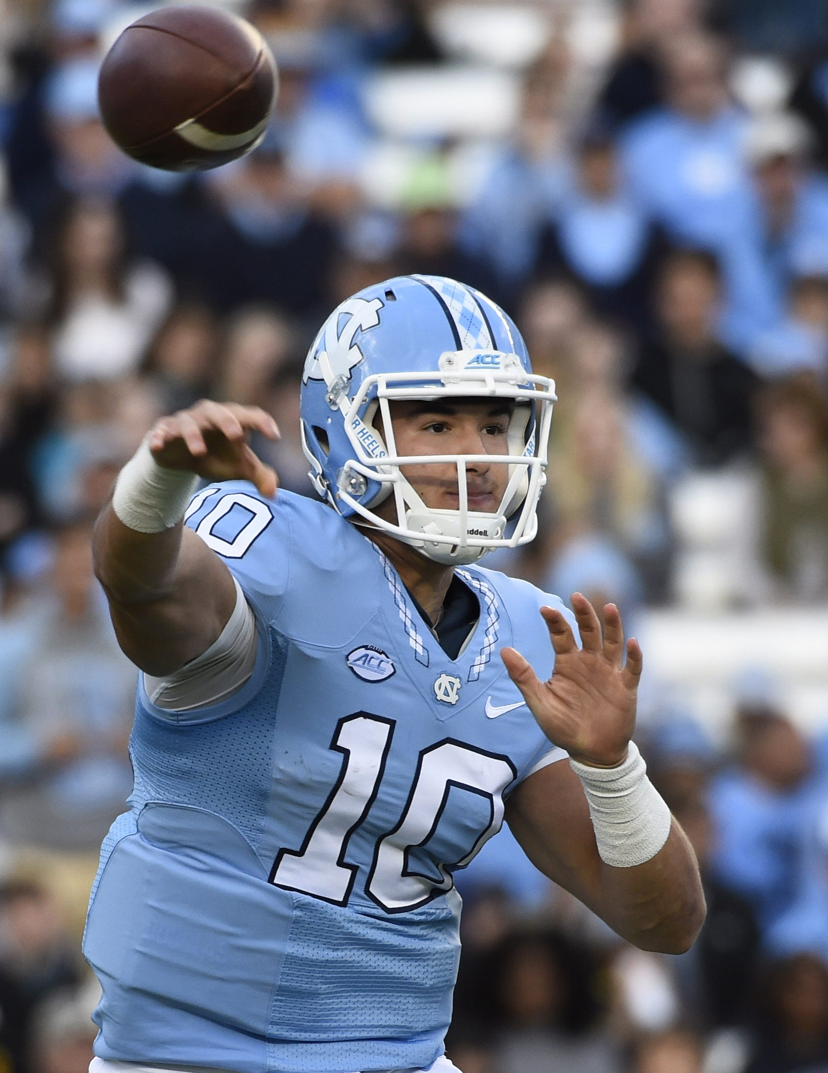 Bears make bold move to grab QB Mitchell Trubisky