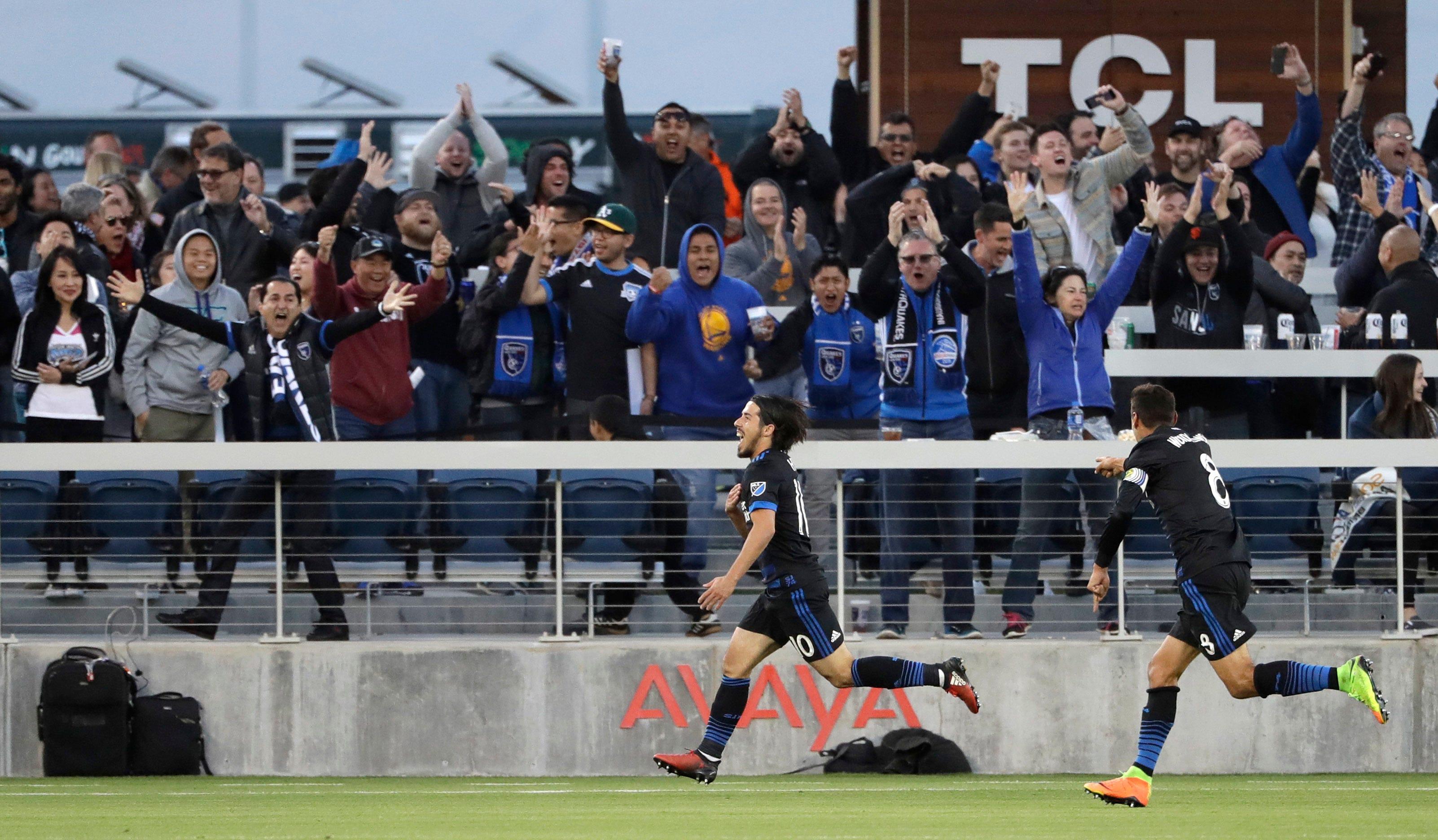 Wondolowski reaches 125 goals as Earthquakes top Timbers 3-0