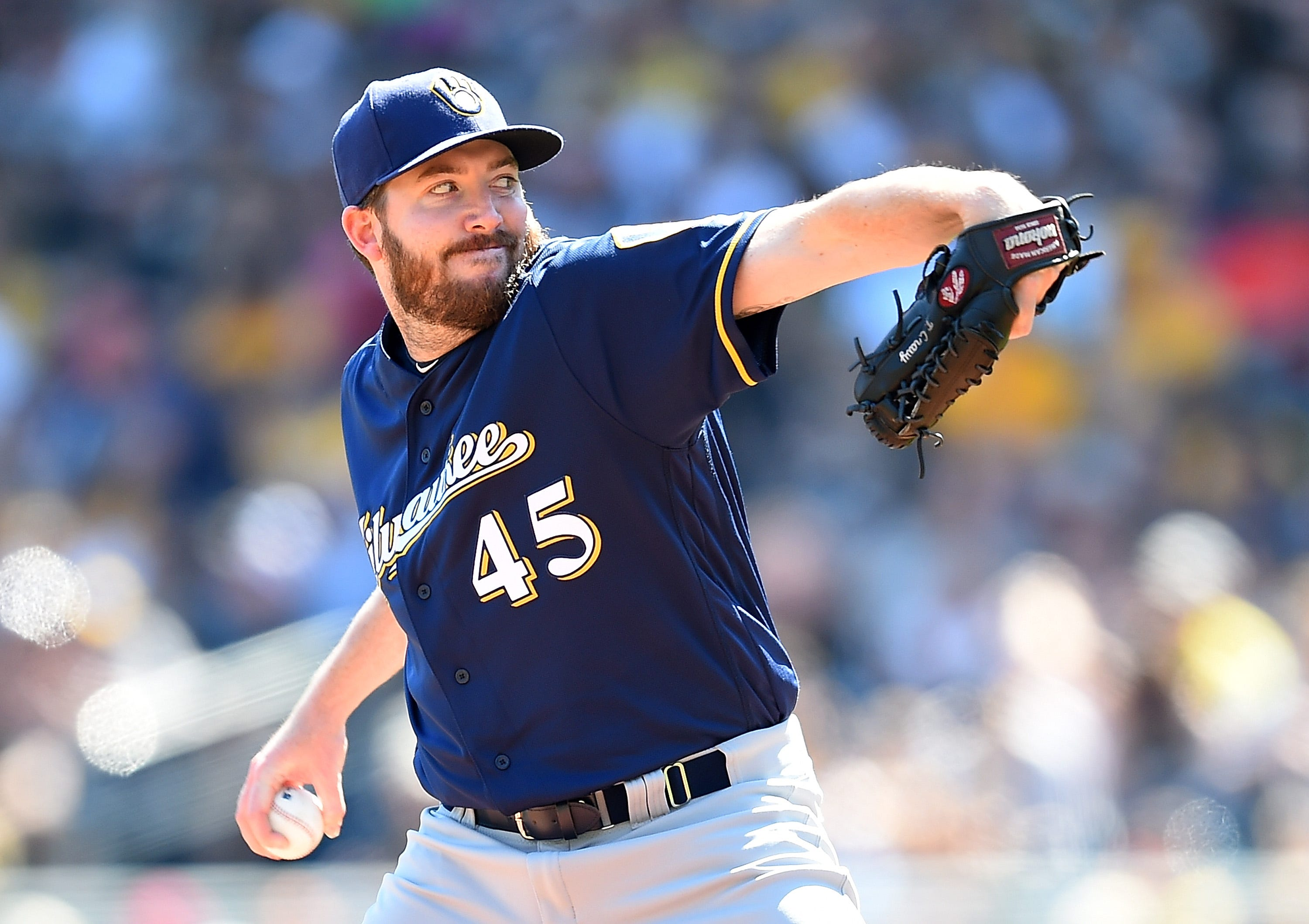 Notes: Reliever Tyler Cravy has an up-and-down day with the Brewers, literally