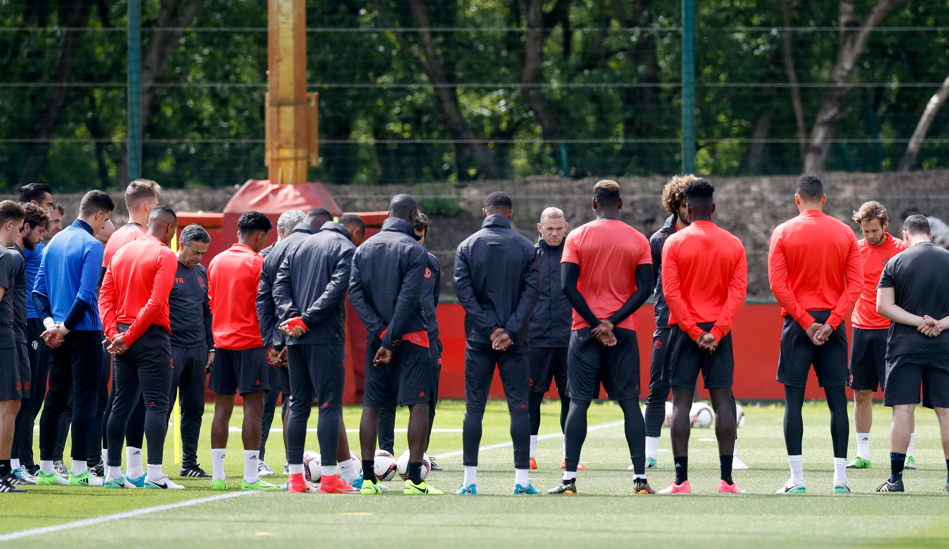 Victims of attack in United's 'hearts,' Jose Mourinho says