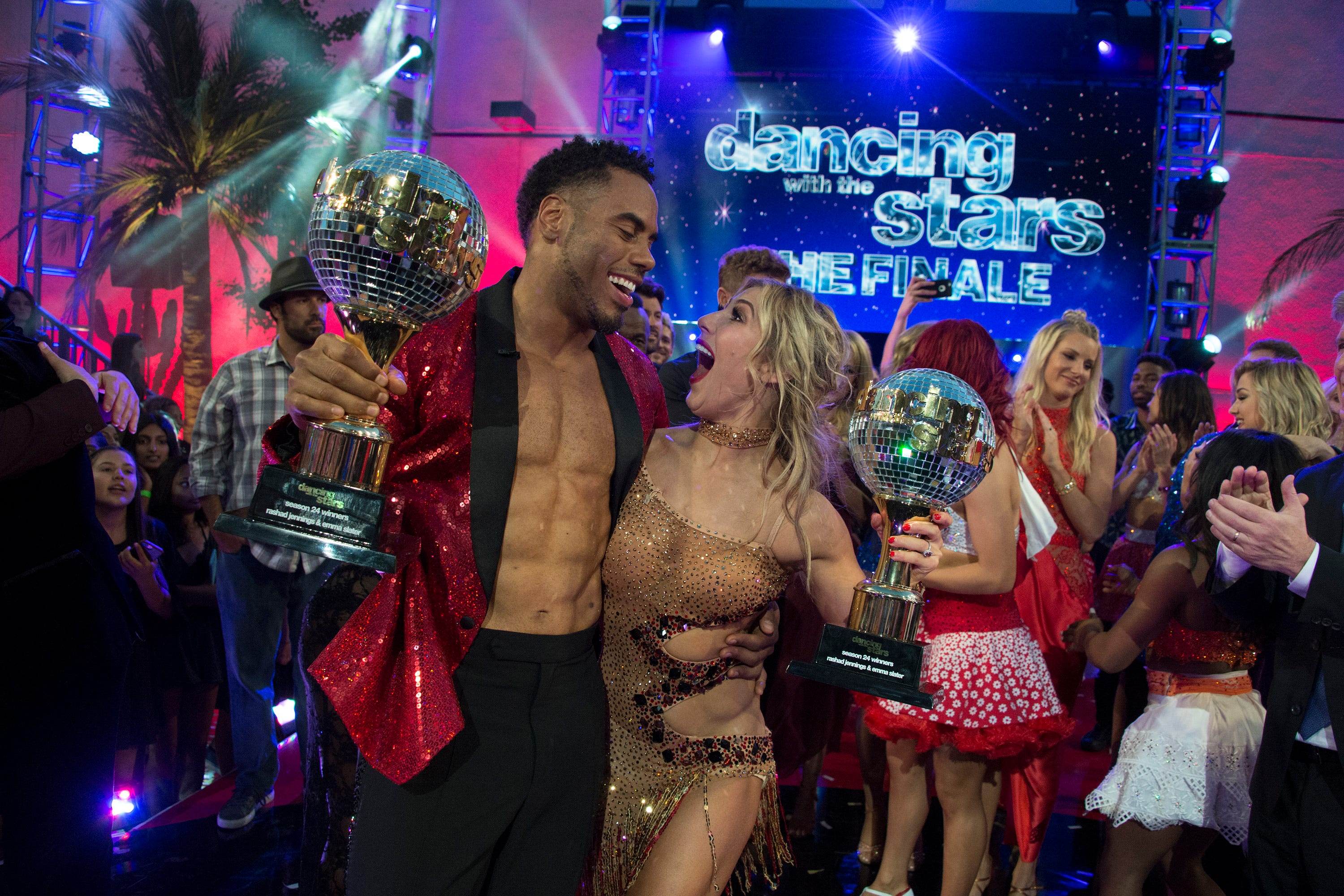 Former Giants running back Rashad Jennings wins Dancing with the Stars
