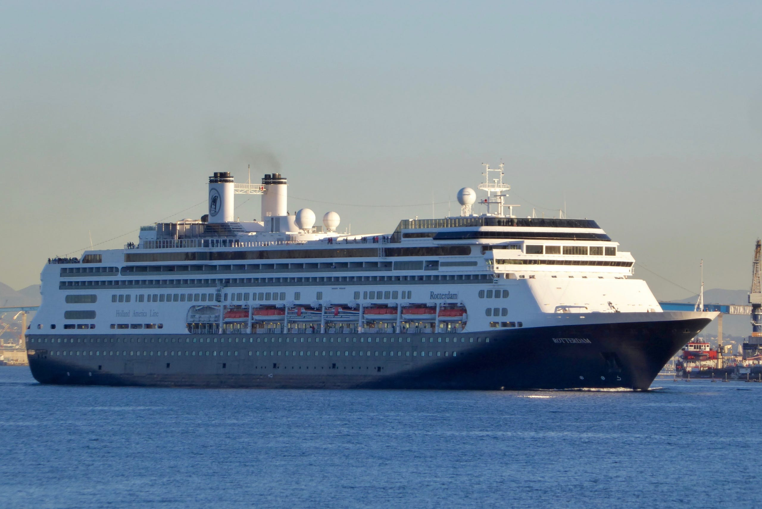 Cruise ship tours: Holland America's Rotterdam