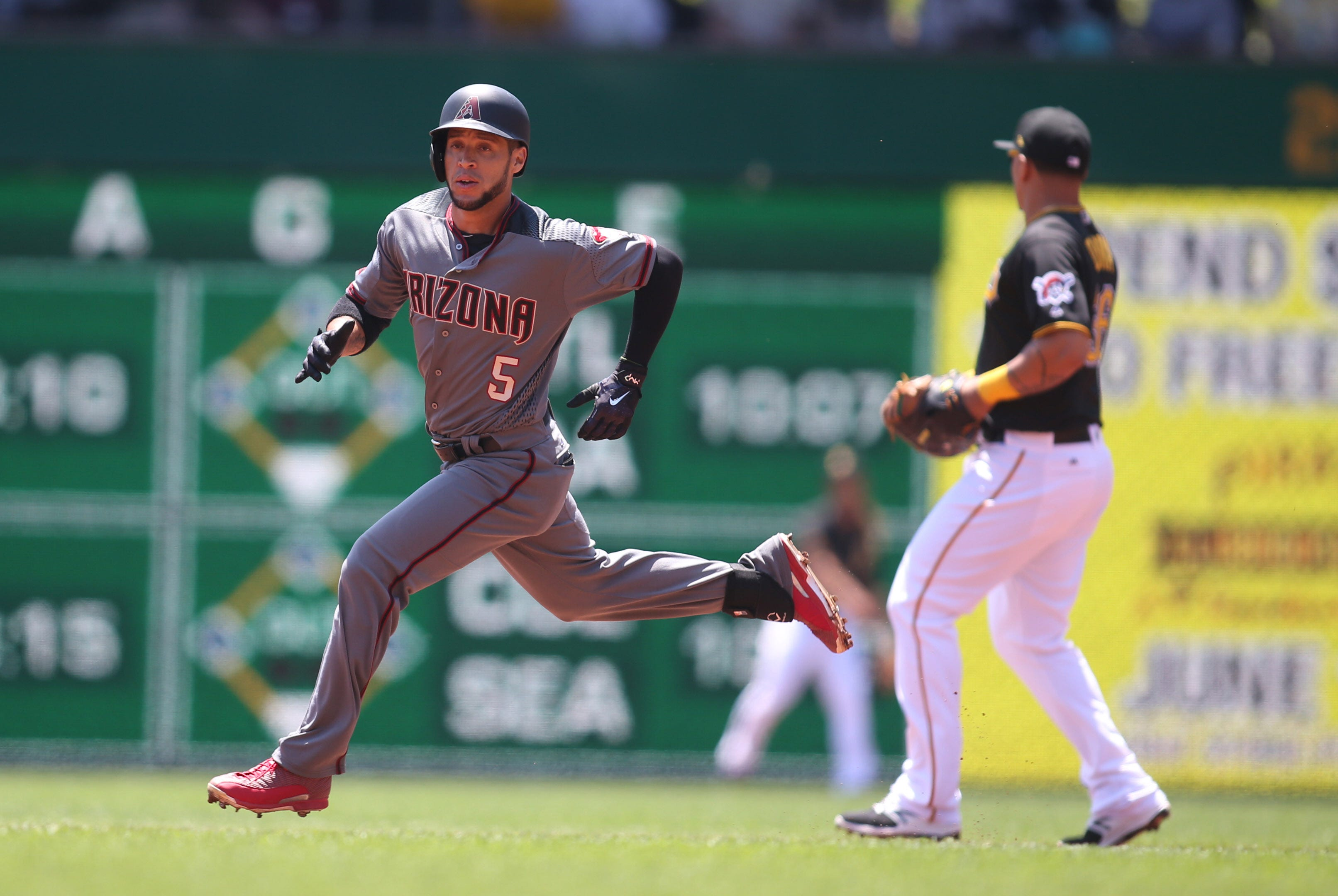 Diamondbacks game day: Gregor Blanco limited due to thumb injury