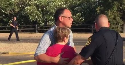 Diamondbacks legend Luis Gonzalez helps rescue woman from car involved in fiery crash; friend captures video