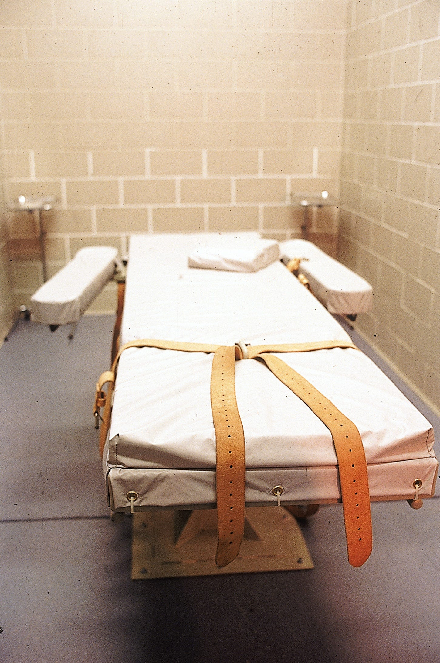 Arizona publishes new lethal injection rules for prisoner executions