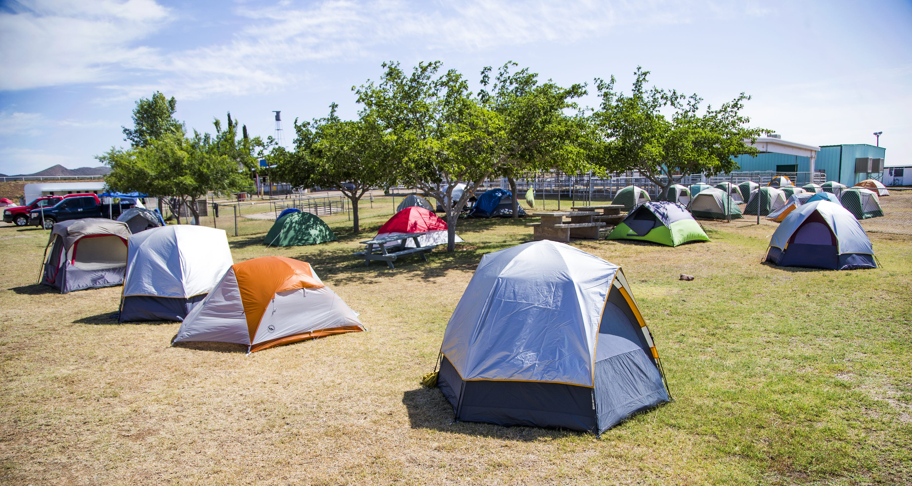 It takes a camp: Small cities emerge on the edge of wildfires
