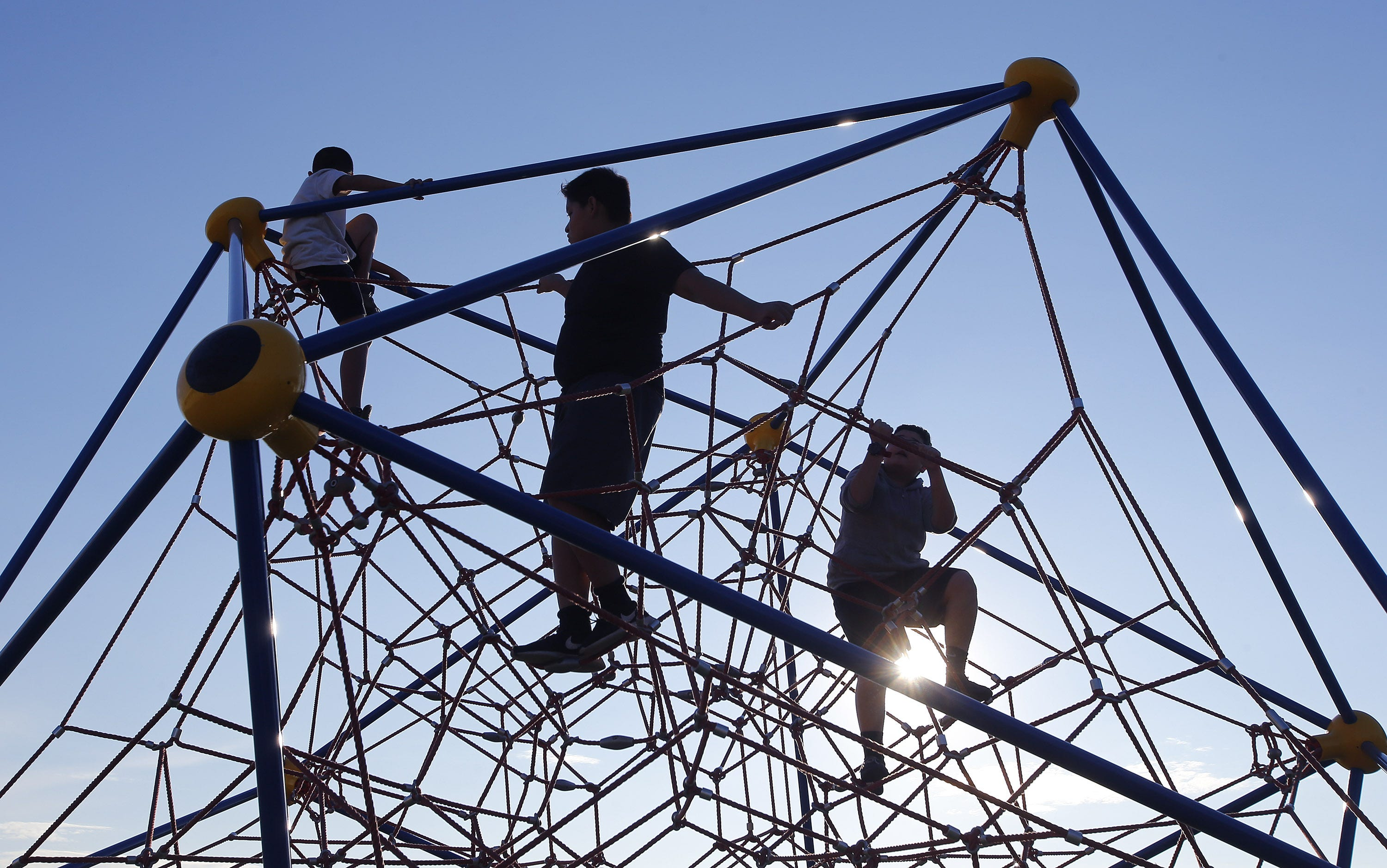 High poverty, lack of health-care access spur Arizona's low ranking in child well-being