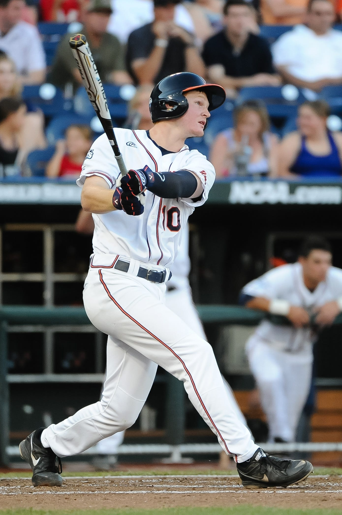 Arizona Diamondbacks draft 1B Pavin Smith with 7th overall pick