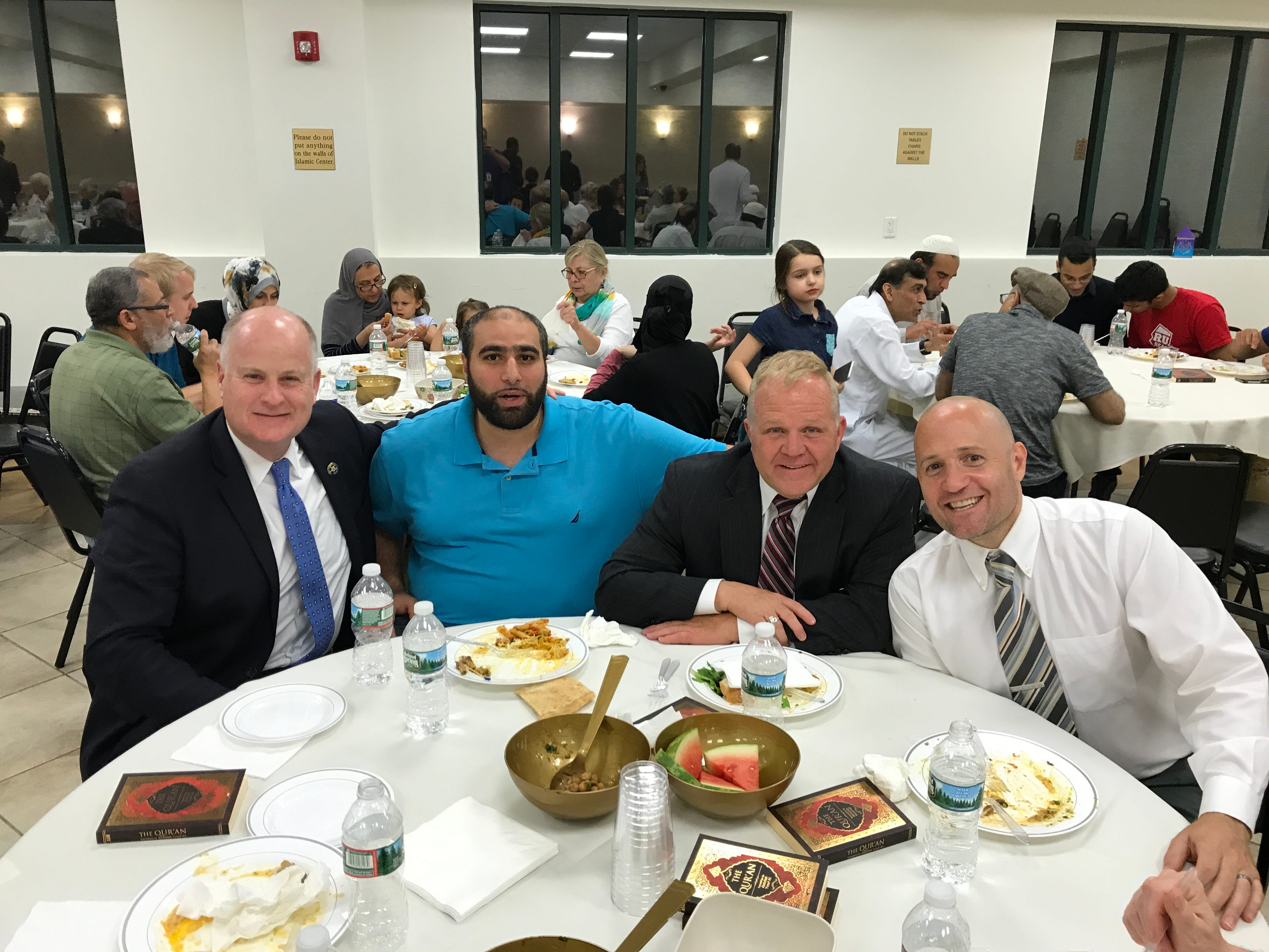 Iftar dinner breaks Ramadan fast in Boonton