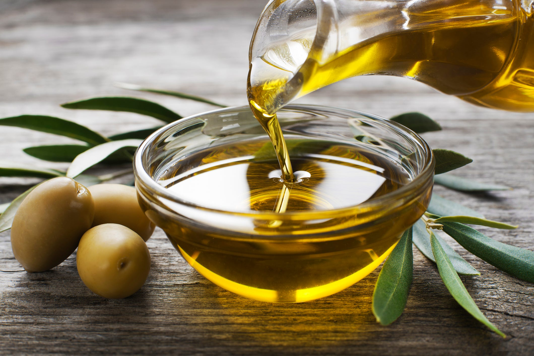 Extra virgin olive oil staves off Alzheimer s, preserves memory, new study shows