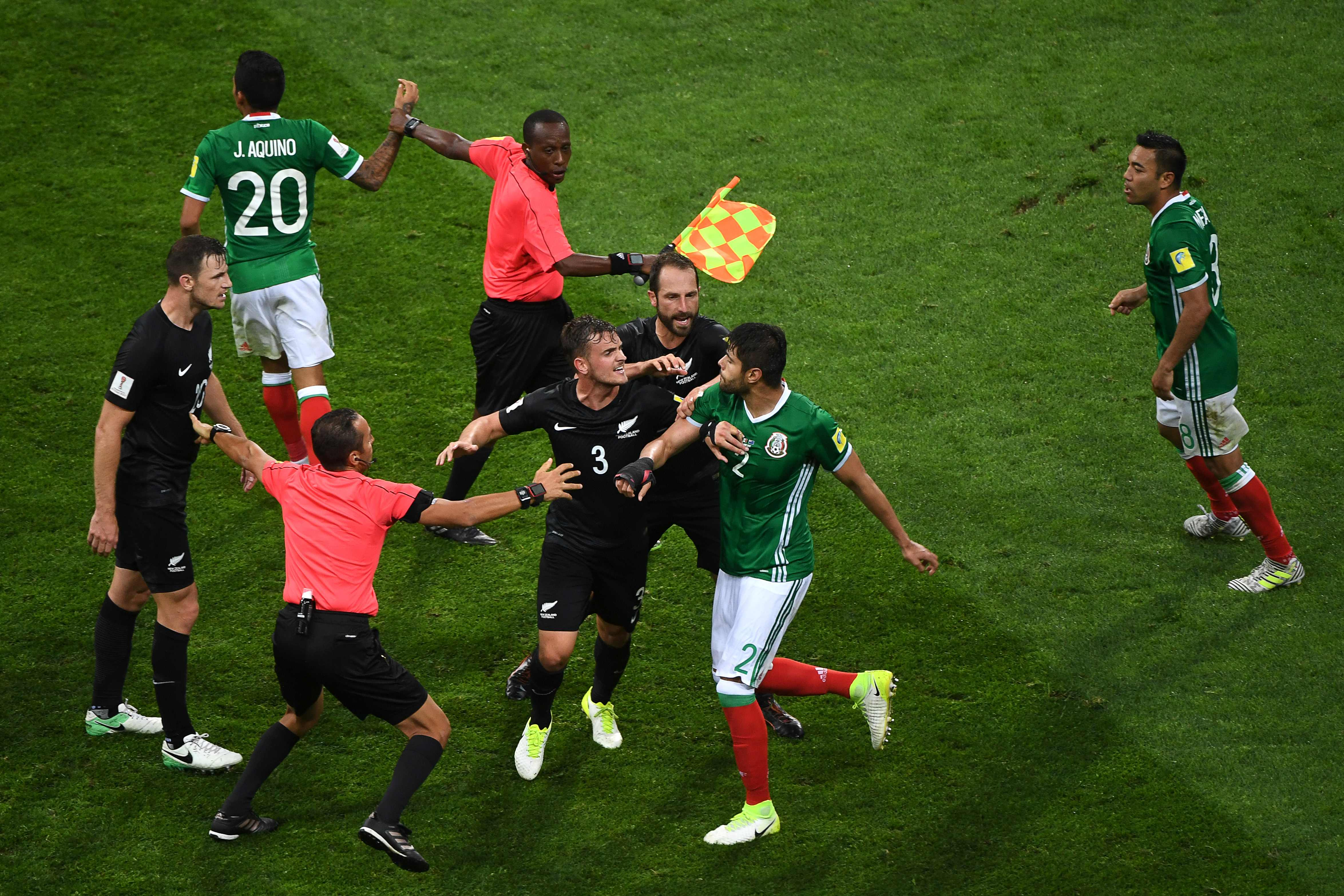 Confederations Cup: Mexico recovers to beat New Zealand in fiery match