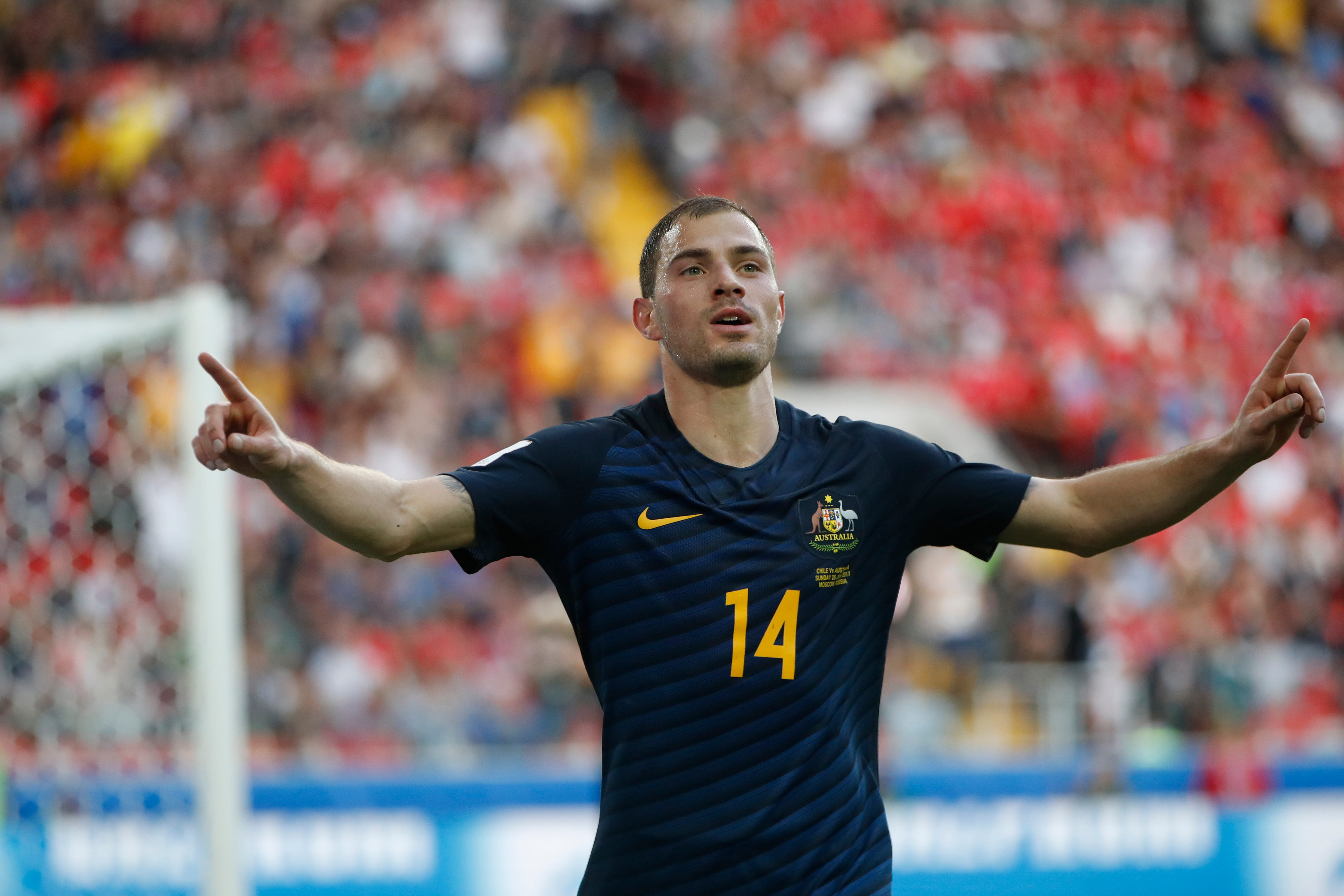 Chile draws with Australia to reach Confed Cup semifinals