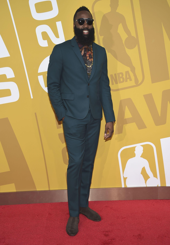 NBA Awards 2017: Russell Westbrook, Draymond Green take home hardware