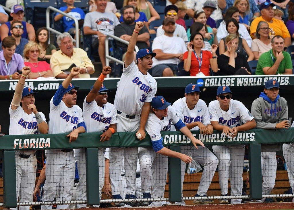 636341998869205519-GTY-802219638-92000350 Florida beats LSU for first College World Series title