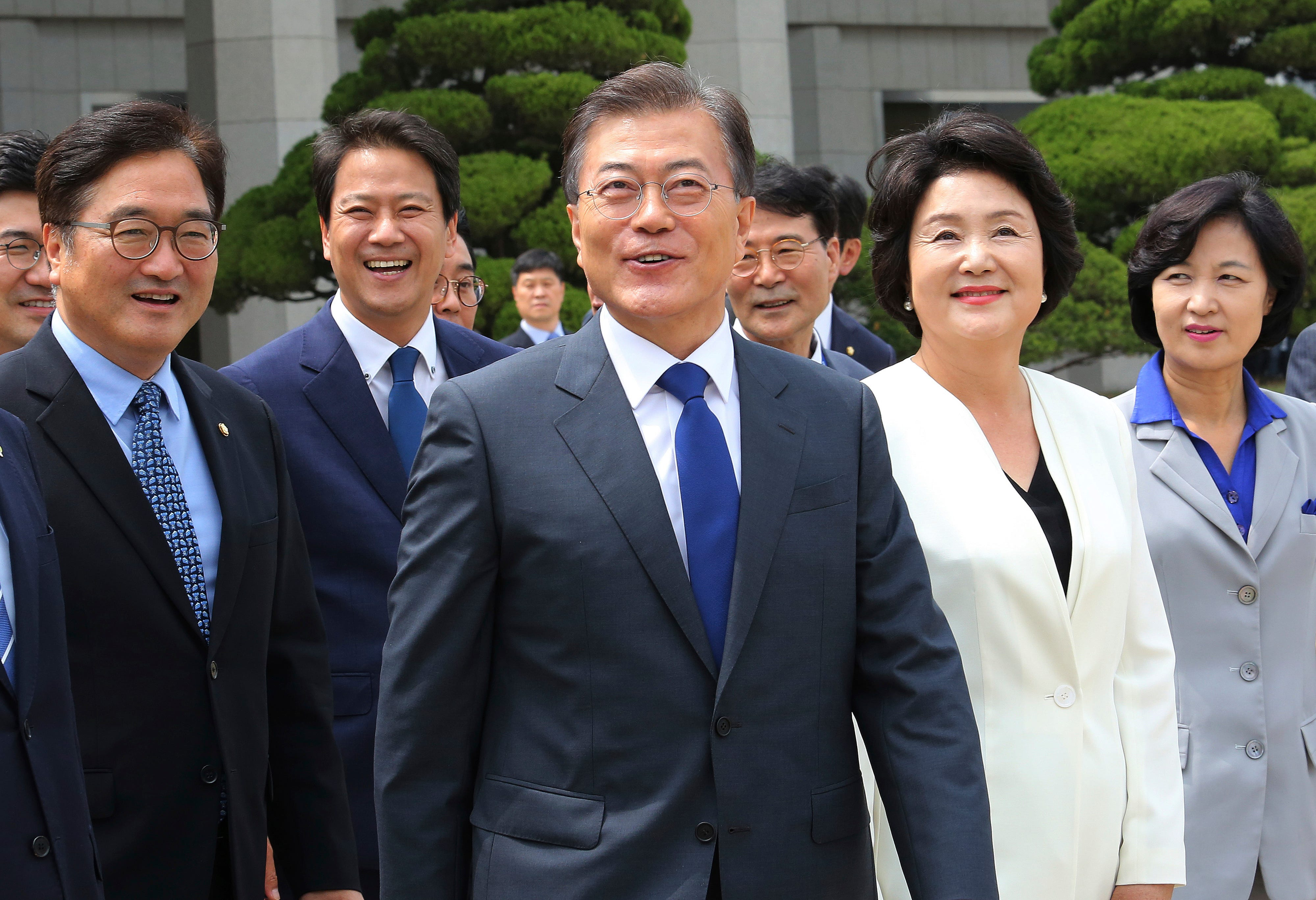 636342981611725347-AP-South-Korea-US 5 things you need to know Thursday